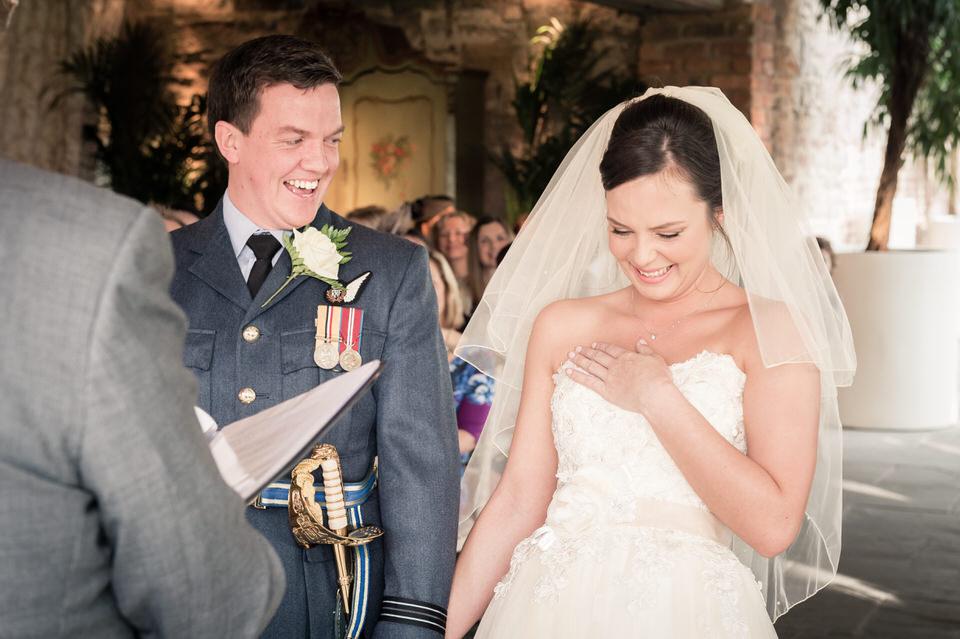 newton-hall-leeds-wedding-photographer-9.jpg