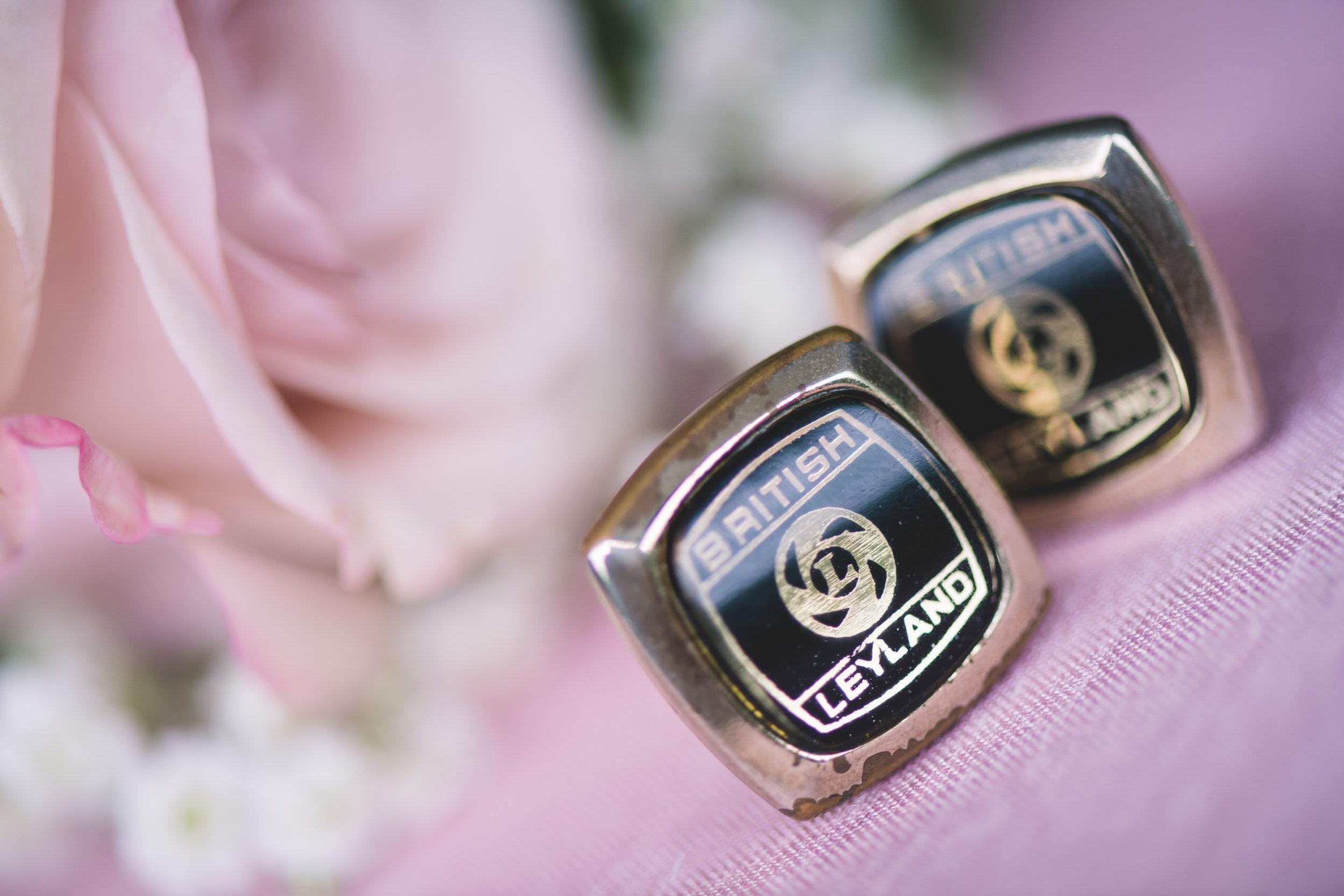 chainbridge-wedding-leeds-wedding-photographer-6.jpg