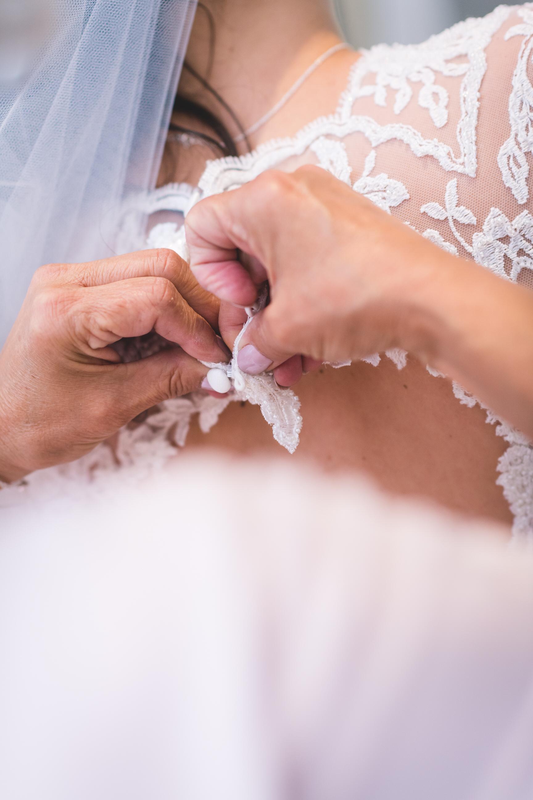 chainbridge-wedding-leeds-wedding-photographer-11.jpg