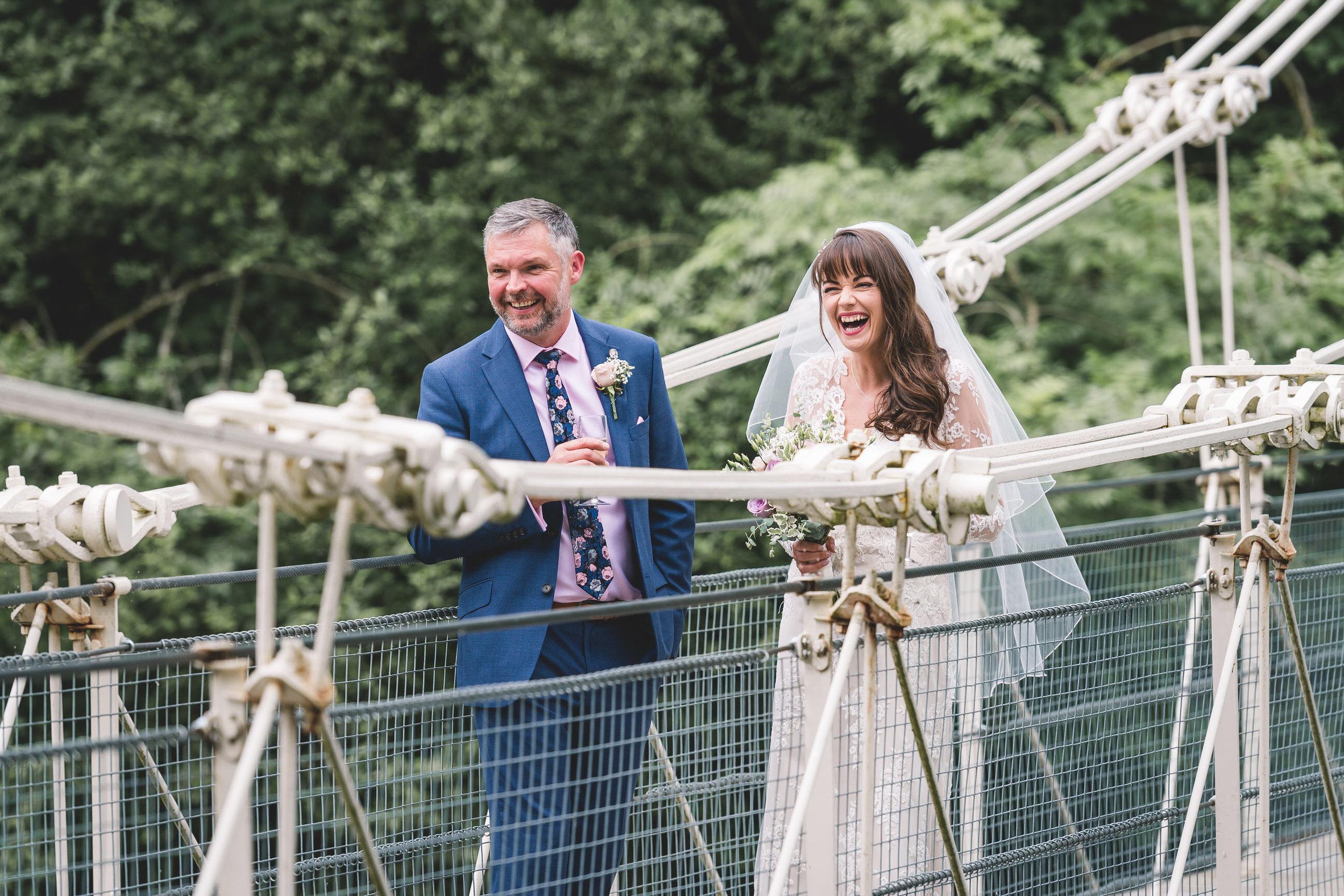 chainbridge-wedding-leeds-wedding-photographer-25.jpg
