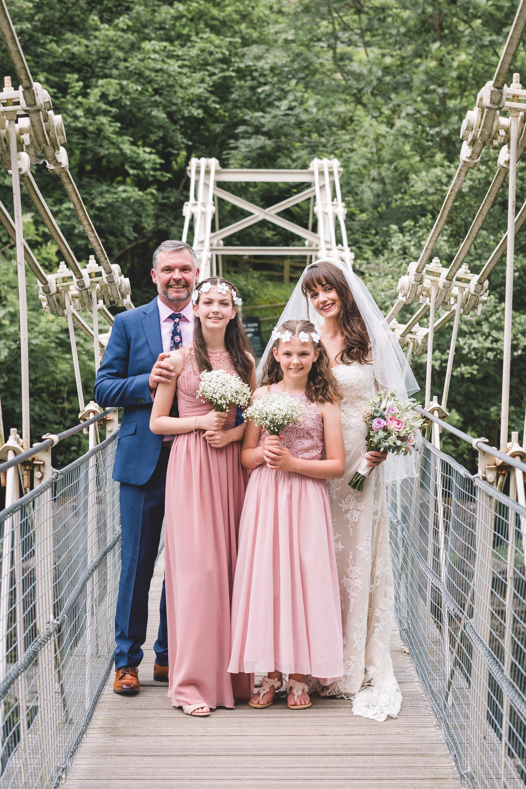 chainbridge-wedding-leeds-wedding-photographer-26.jpg