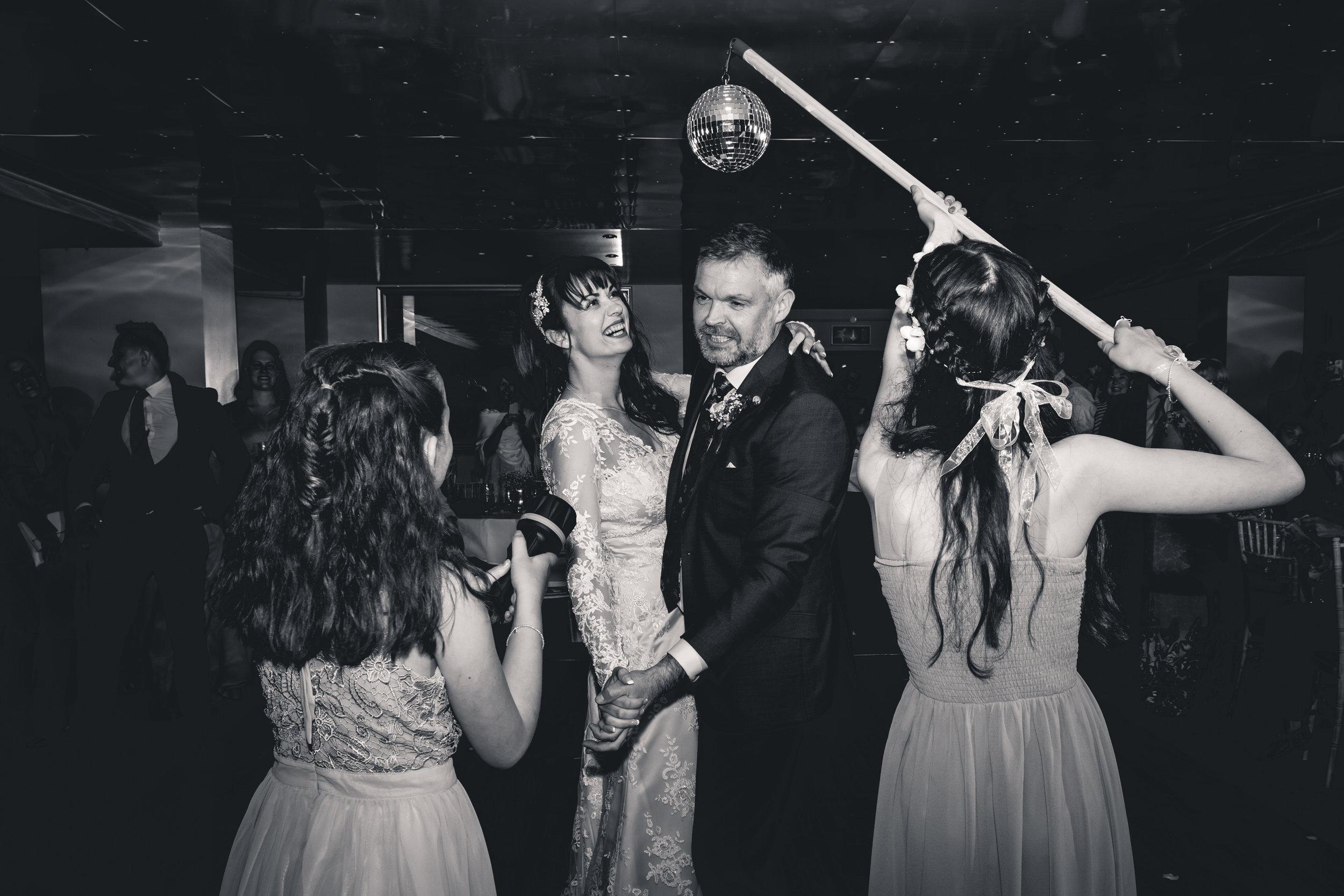 chainbridge-wedding-leeds-wedding-photographer-31.jpg