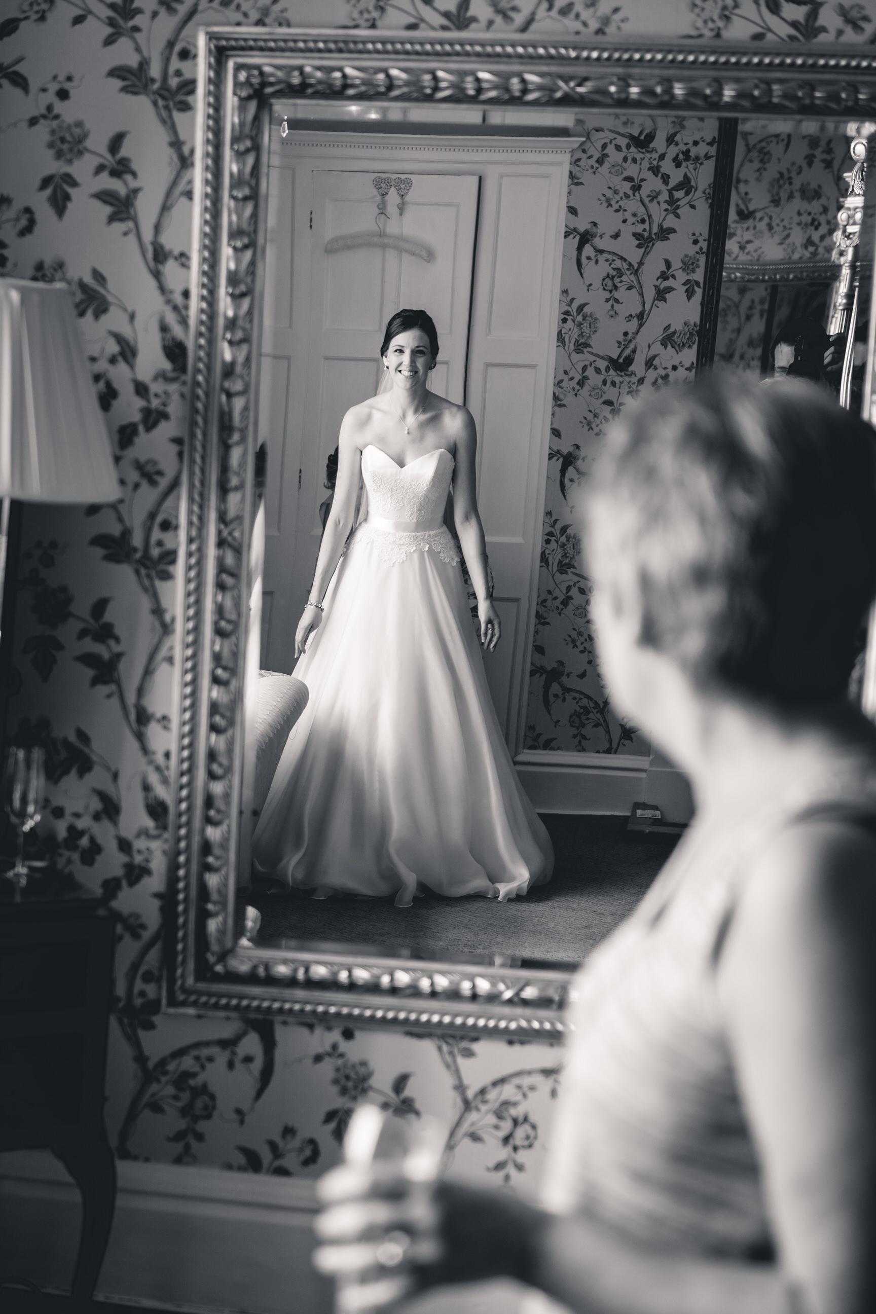 callow-hall-leeds-wedding-photographer-4.jpg