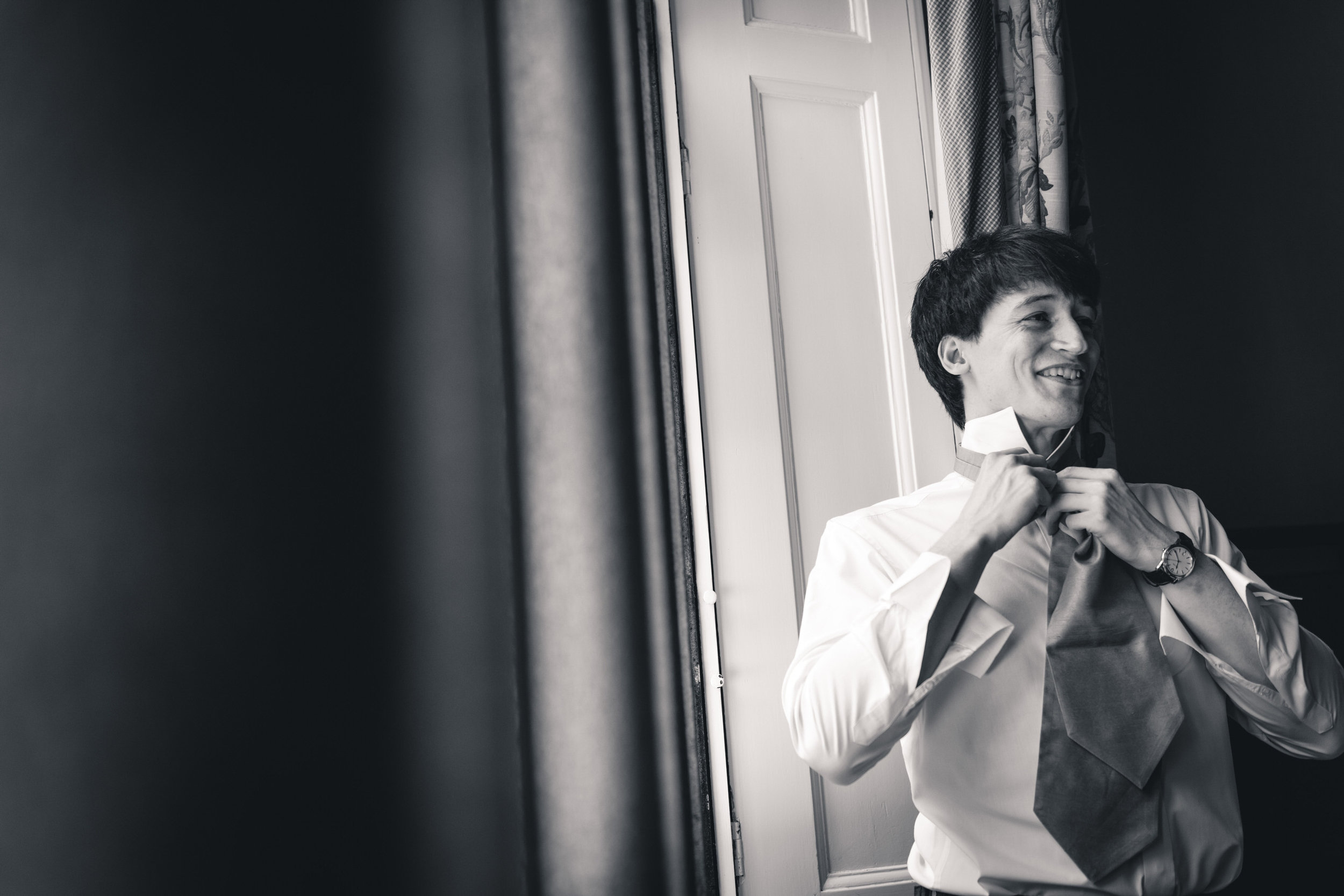 callow-hall-leeds-wedding-photographer-12.jpg
