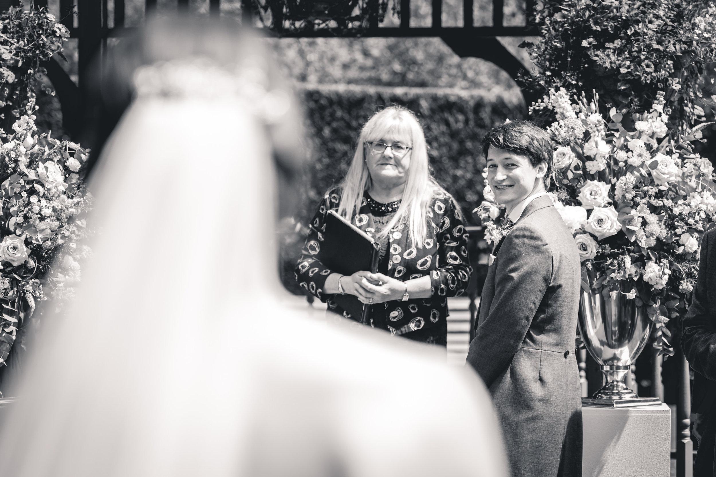 callow-hall-leeds-wedding-photographer-17.jpg