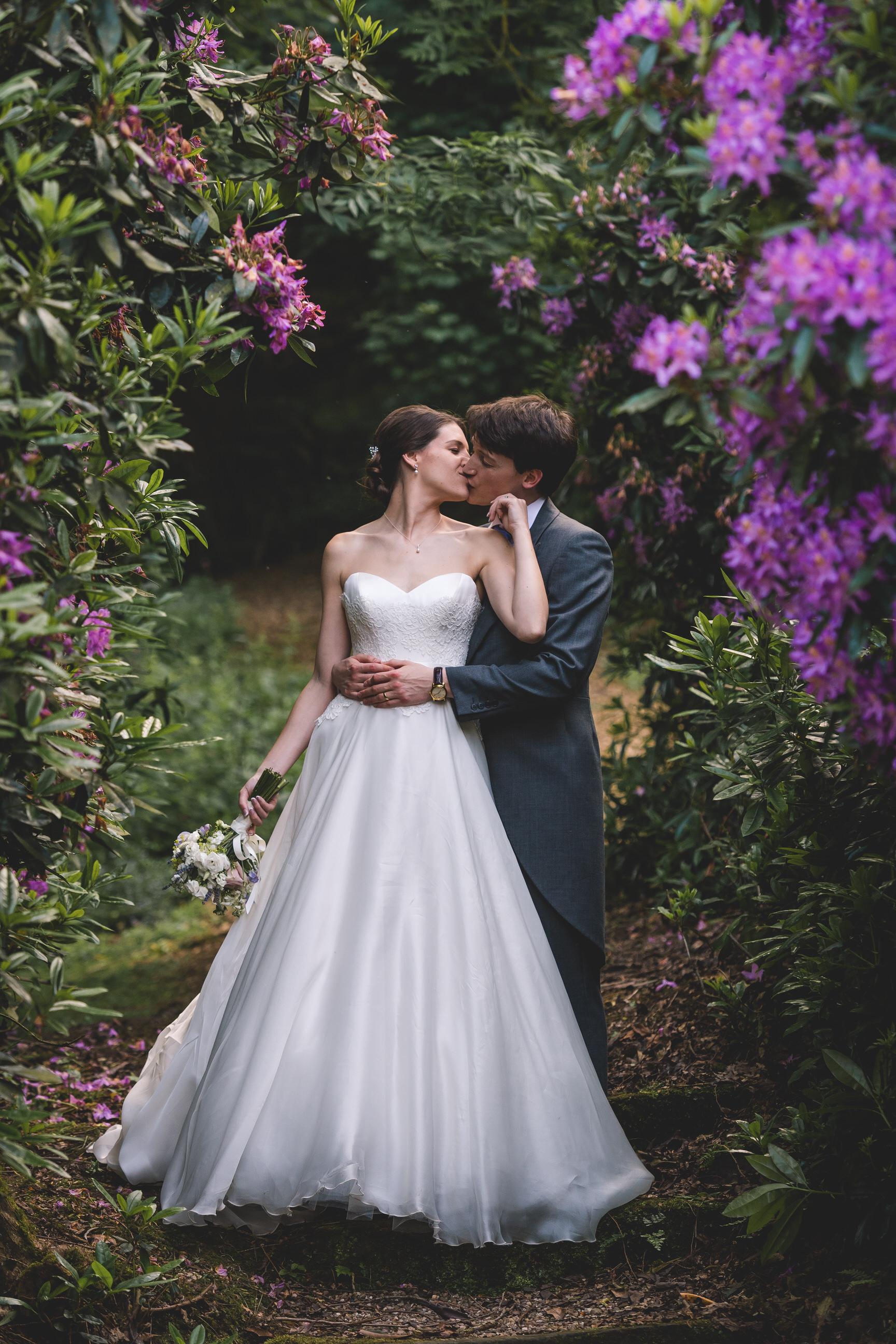 callow-hall-leeds-wedding-photographer-36.jpg