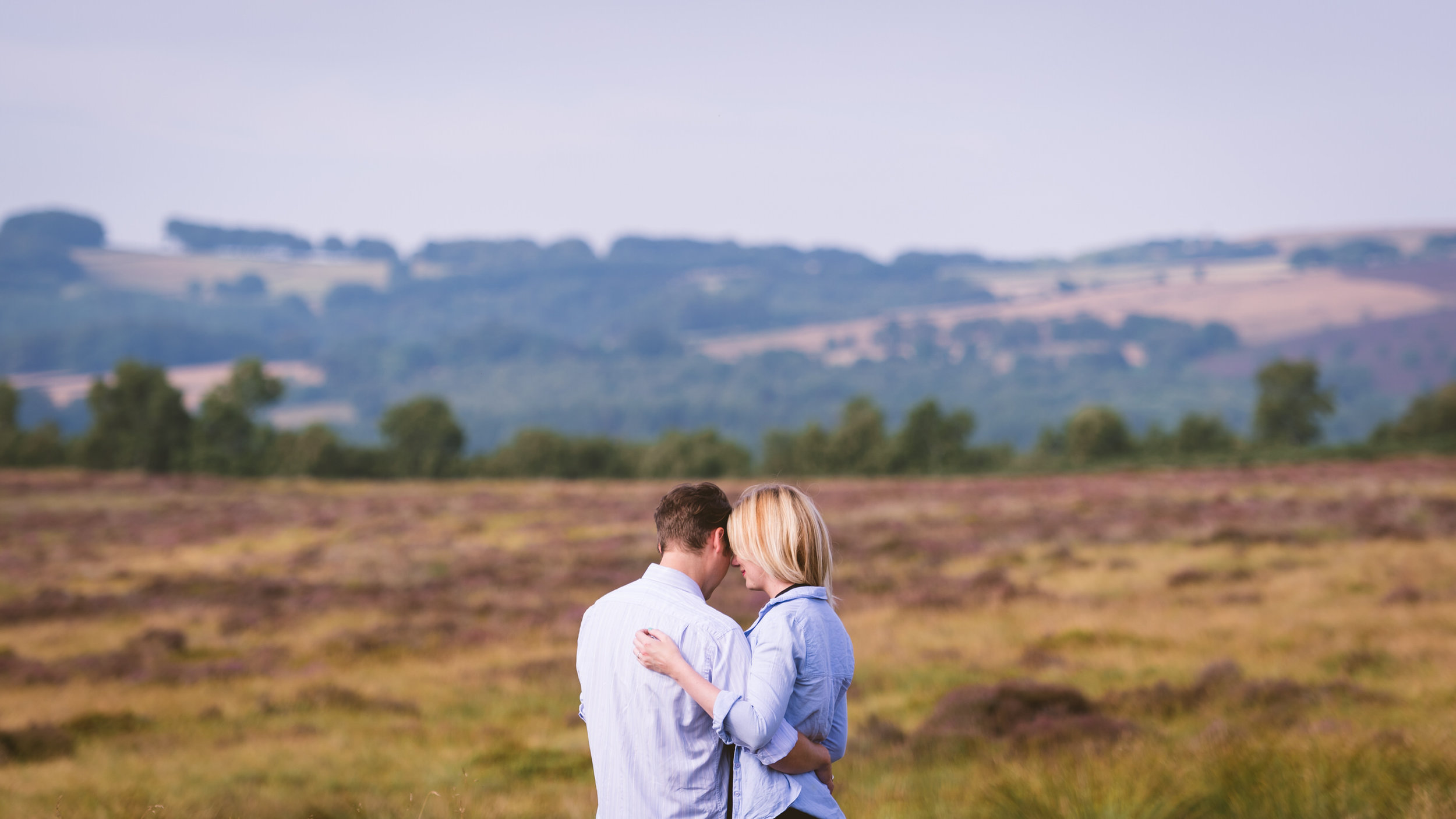 leeds-and-yorkshire-engagement-photographer-15.jpg