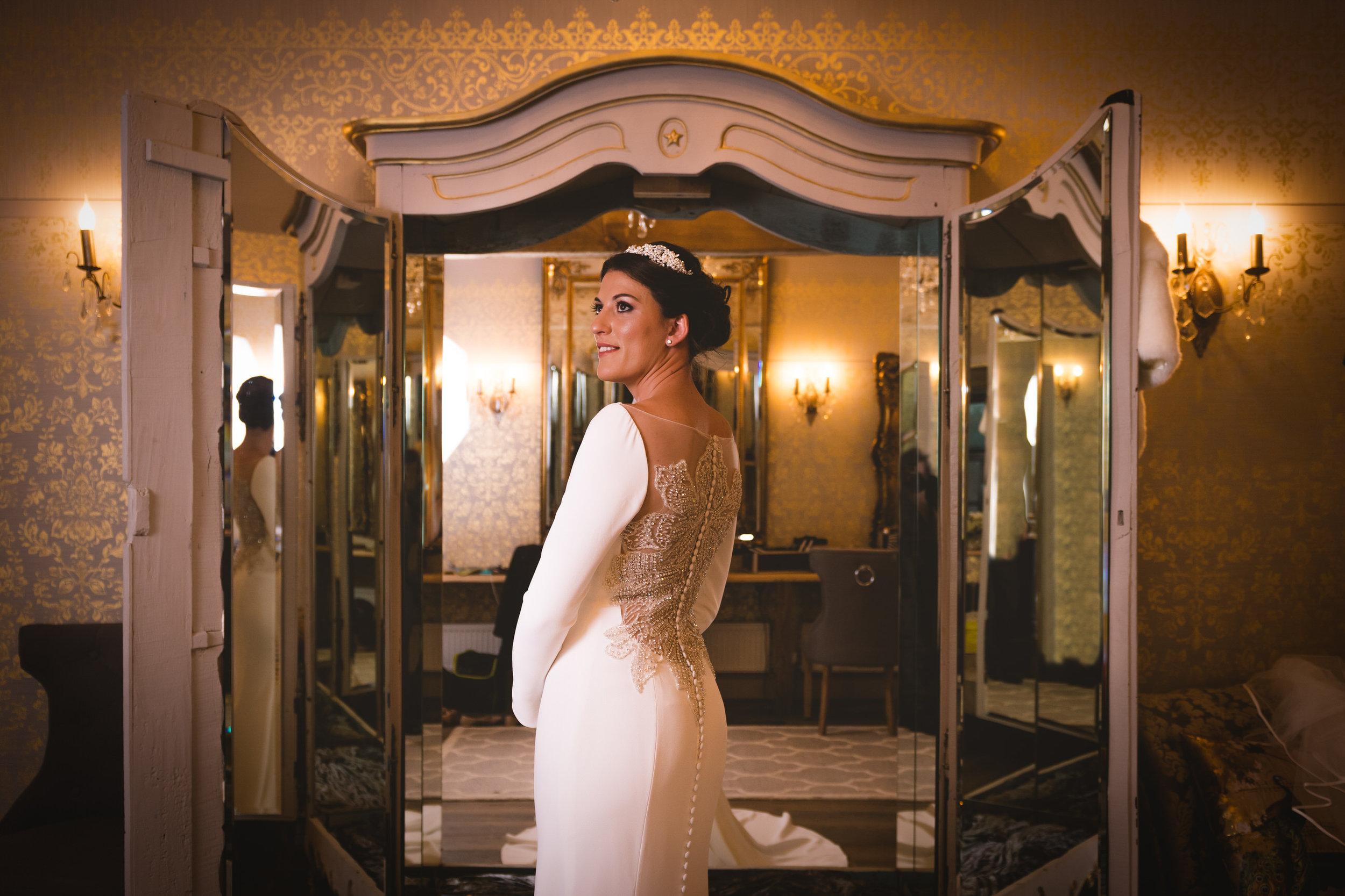 wharfedale-grange-harrogate-wedding-photographer-44.jpg