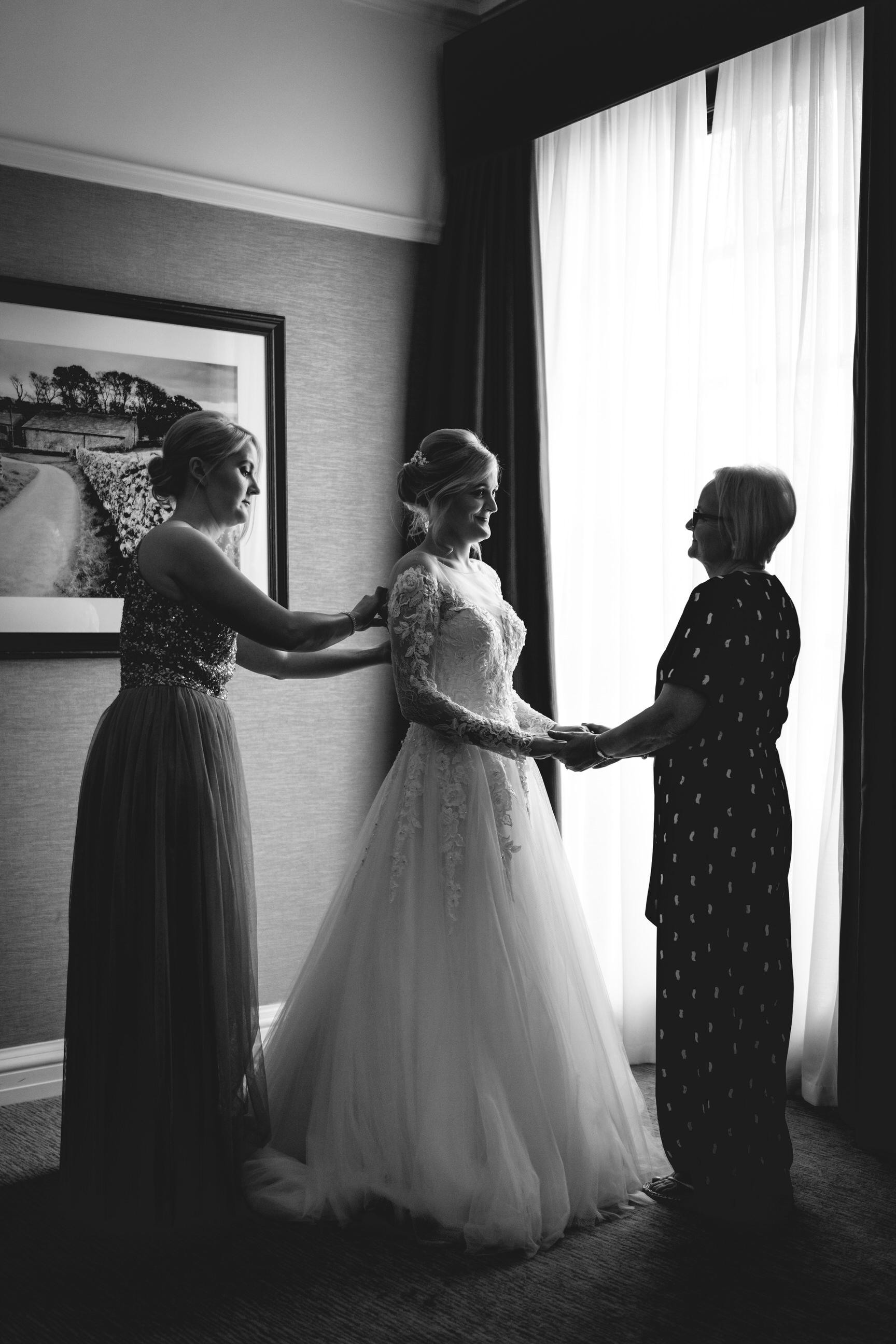 The-Grand-Hotel-York-wedding-photographer-2.jpg