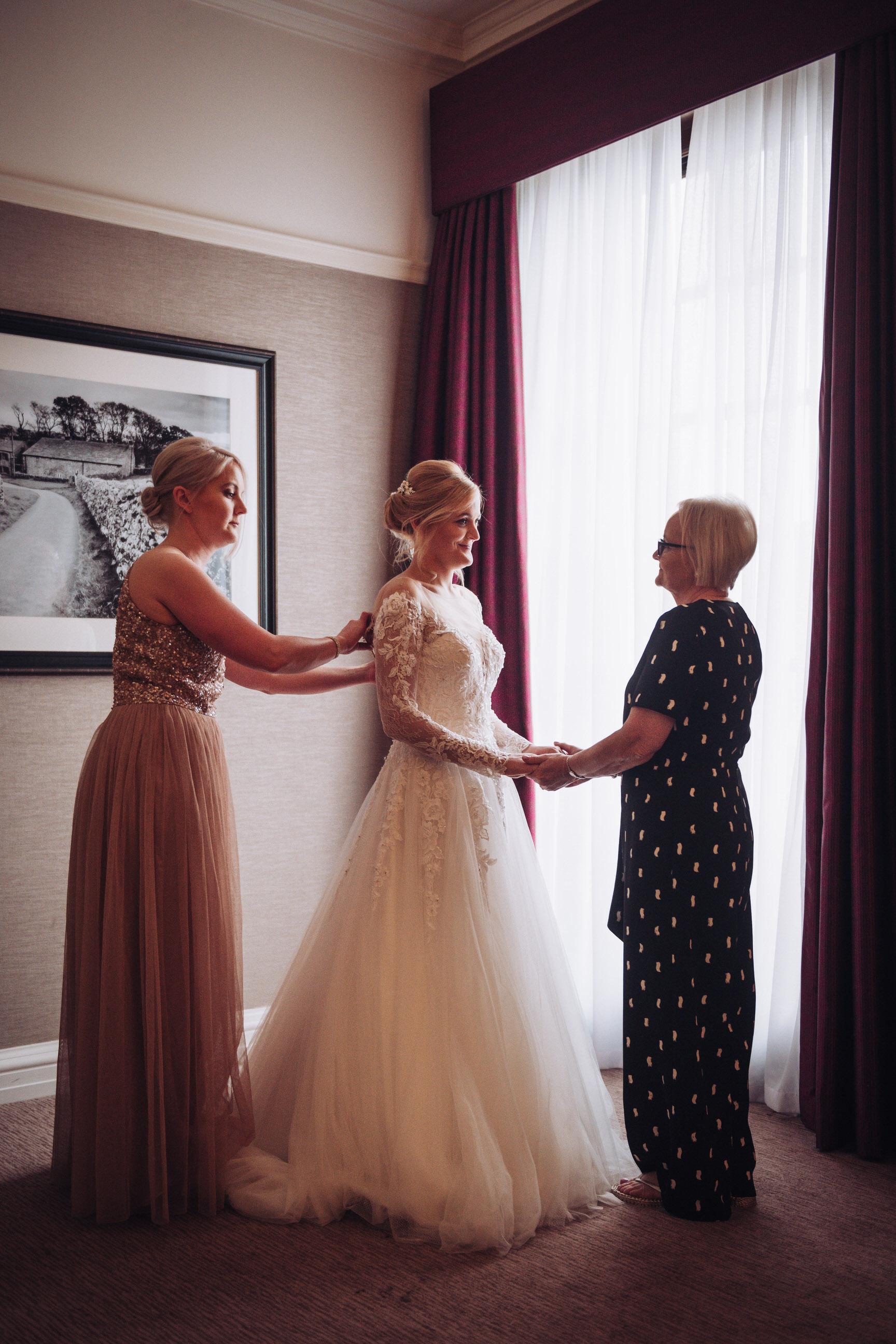 the-grand-hotel-york-wedding-photographer-8.jpg