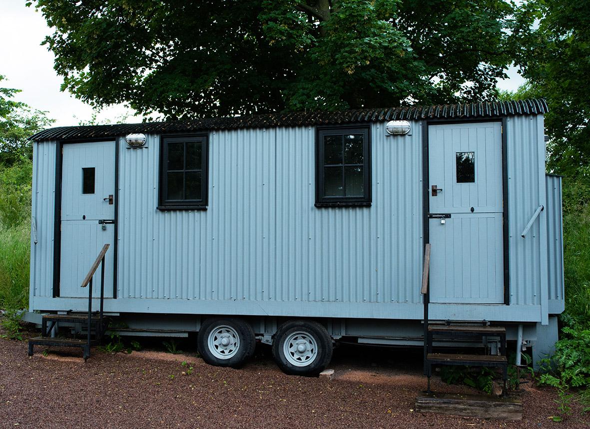 Bathroom wagon, Dewsall Court, Herefordshire.