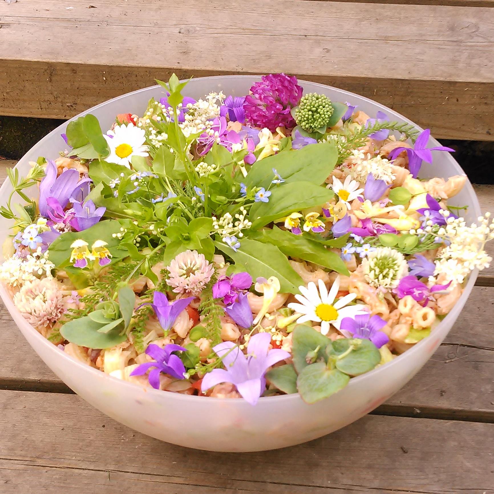 Blomstrende pastasalat