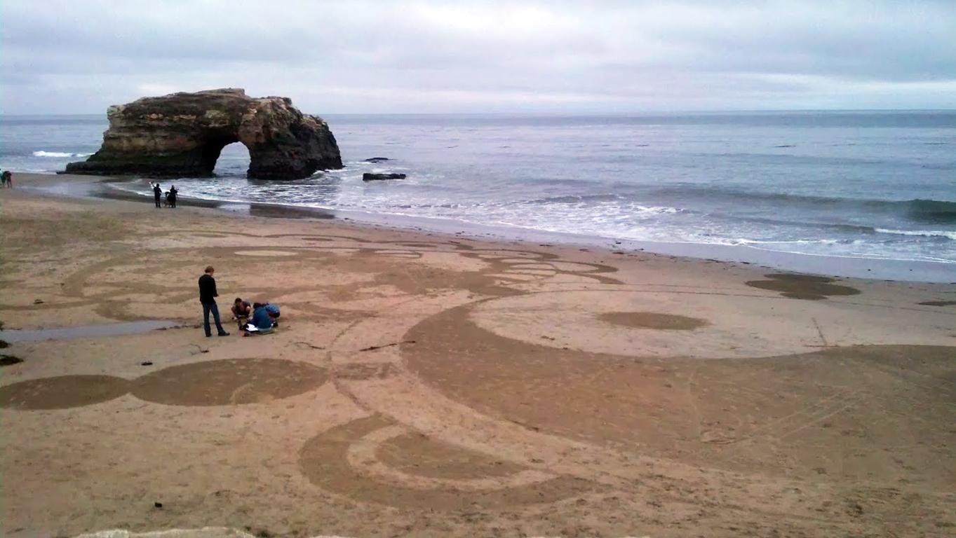 natural-bridges-sand-art.jpg