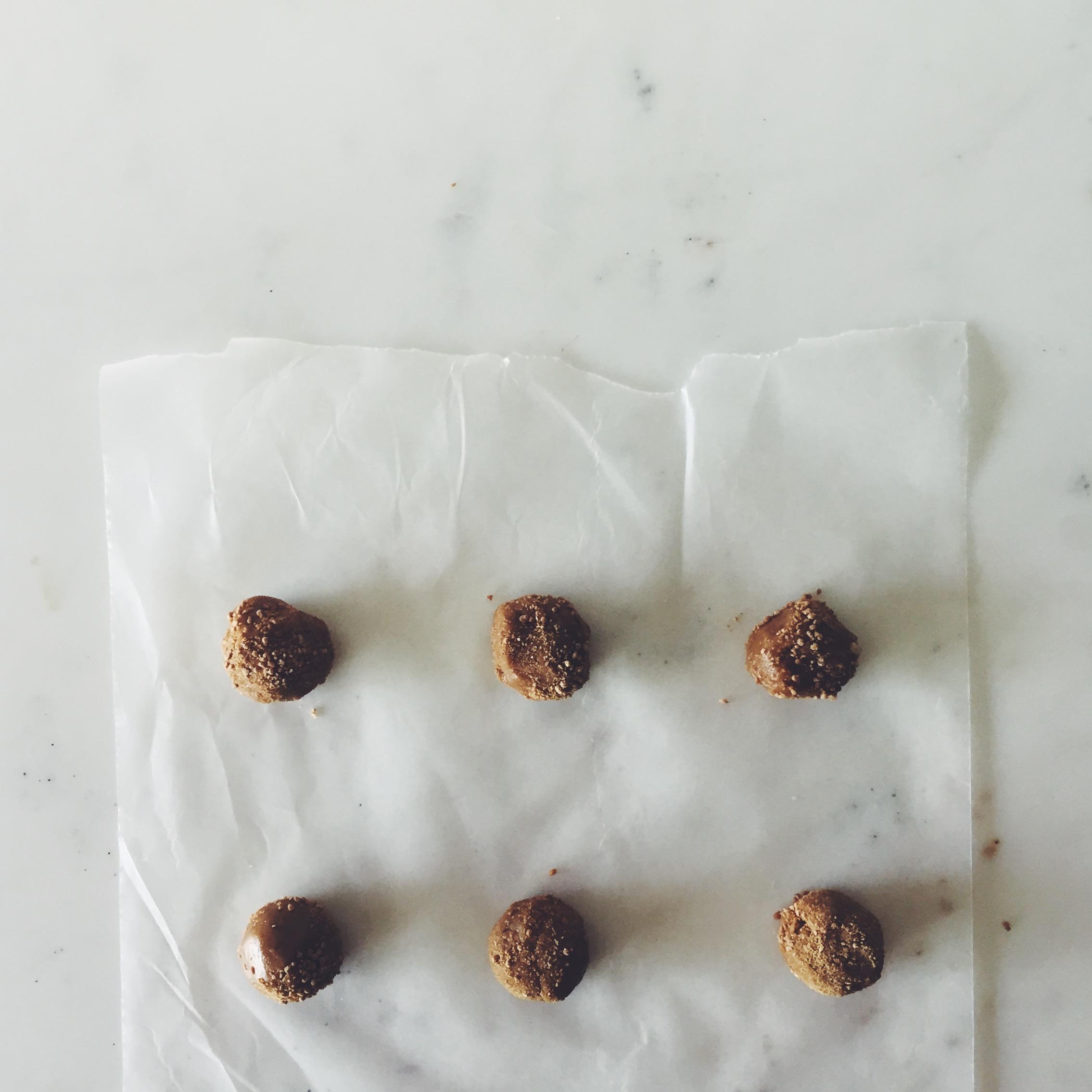 OBELO | Vanilla-Basil Gelato Sandwiches