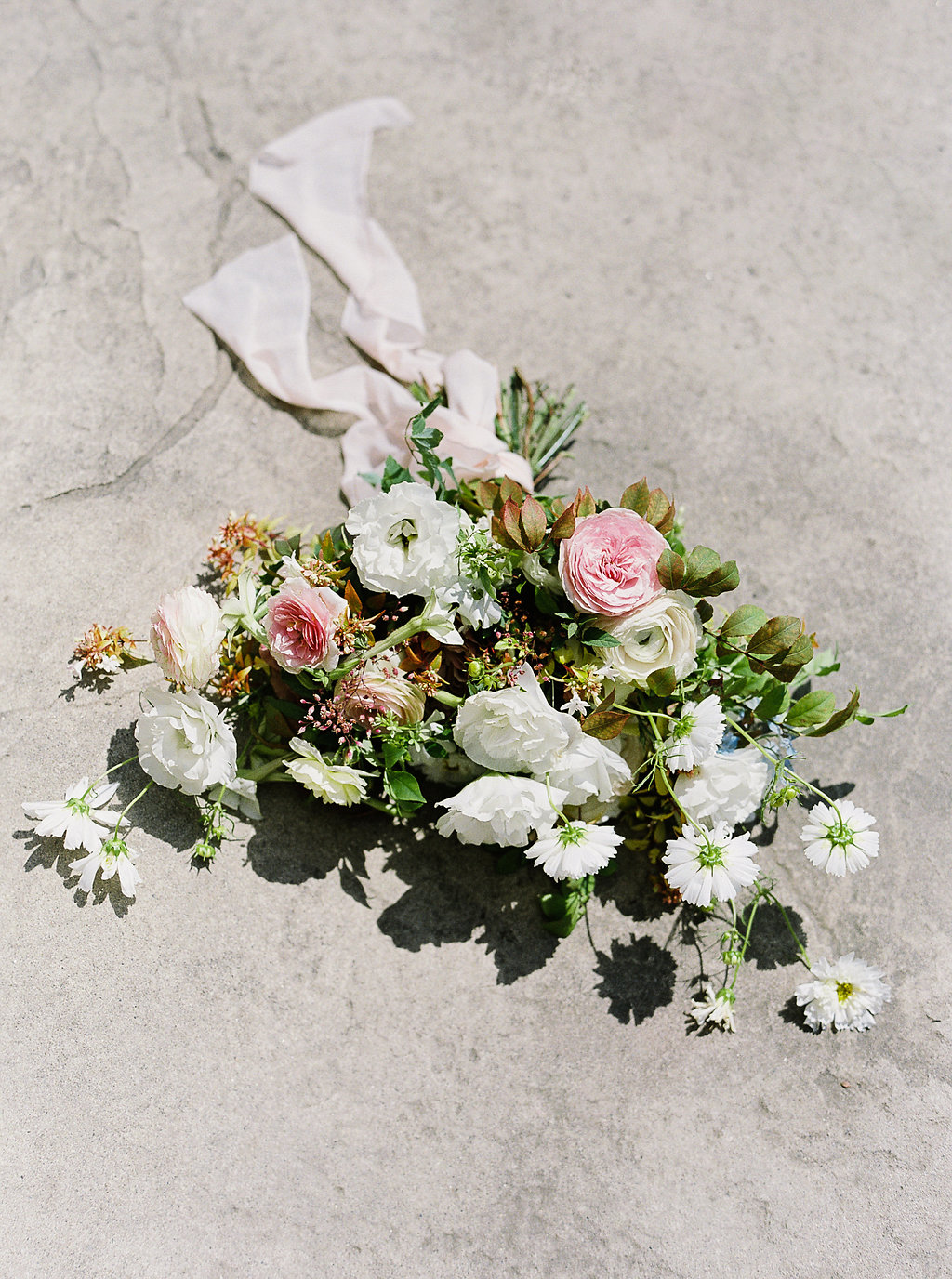jenny haas wedding photographer evergreen flower co bridal bouquet
