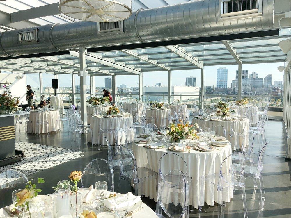 Wedding Venues Columbus Ohio.Maristella Travis At Juniper Rooftop Evergreen Flower Co