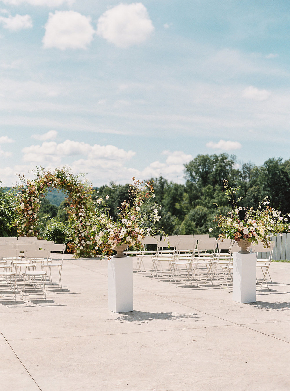 floral-arch-wedding-ceremony.jpg