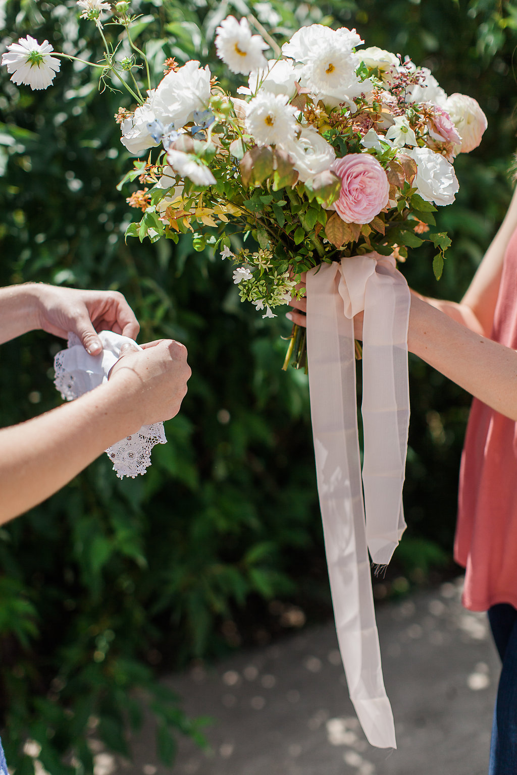 sentimental-bridal-bouquet.jpg