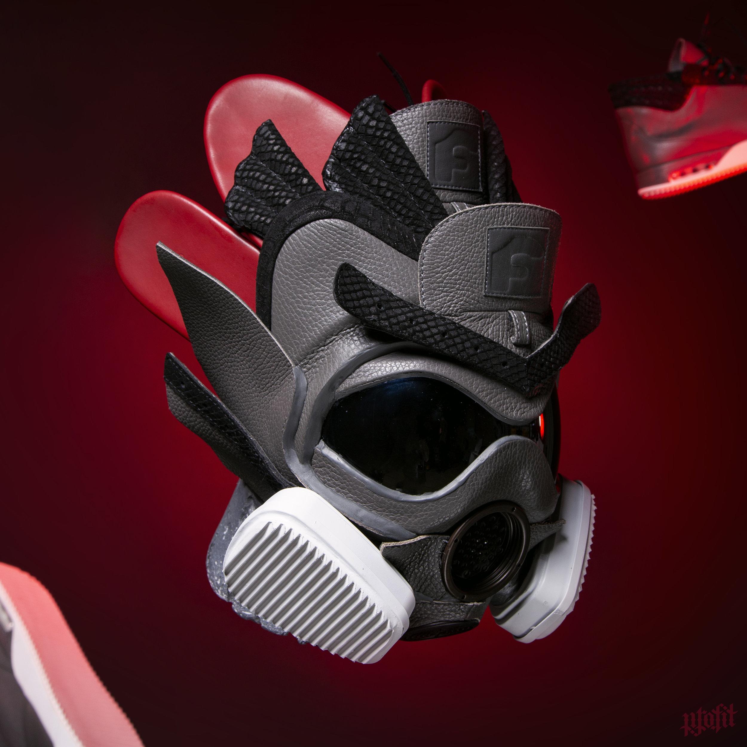 IG 184 Forgiato x John Geiger 001 Gas Mask 11.jpg