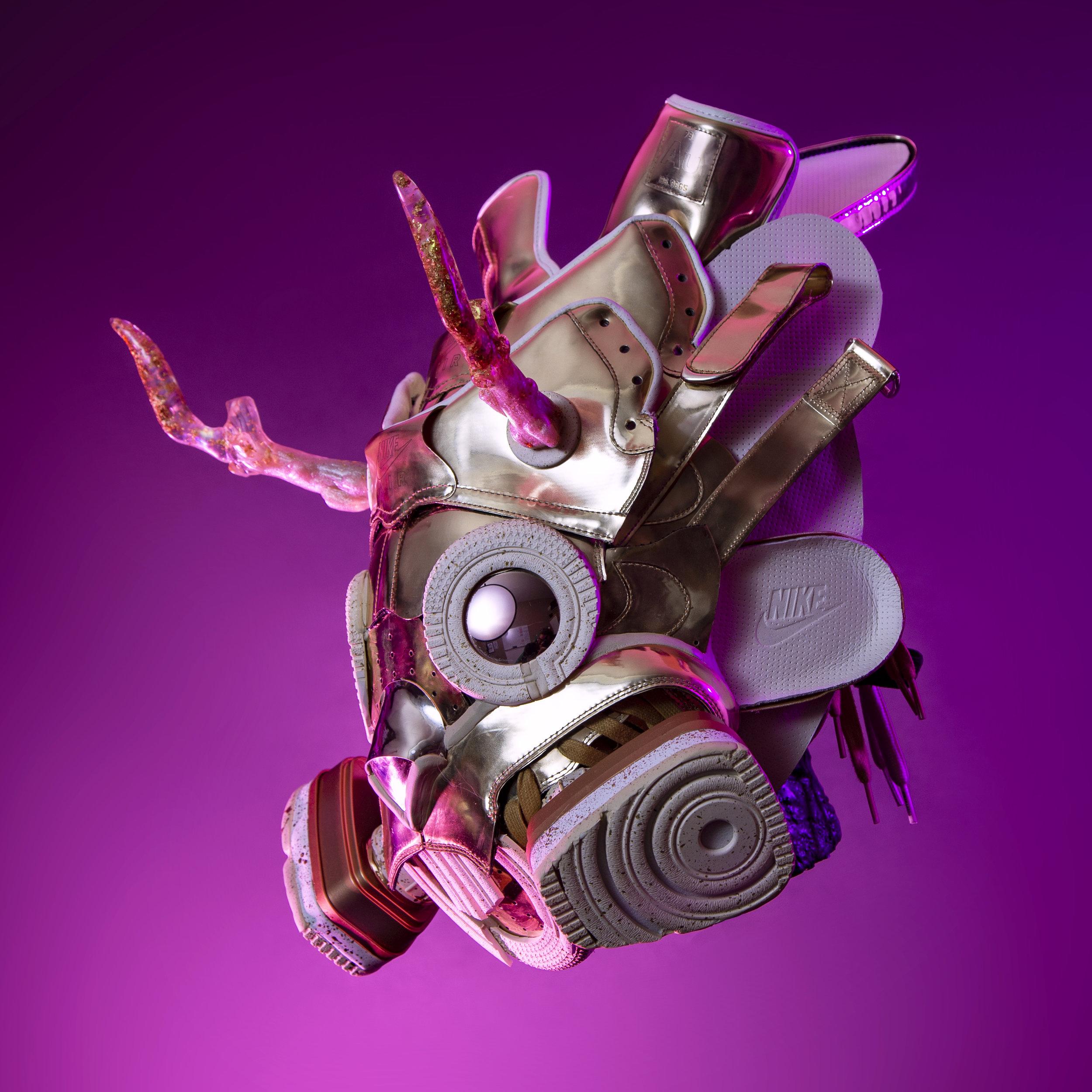 IG 176 Liquid Gold AF1 Jackalope Gas Mask 01.jpg