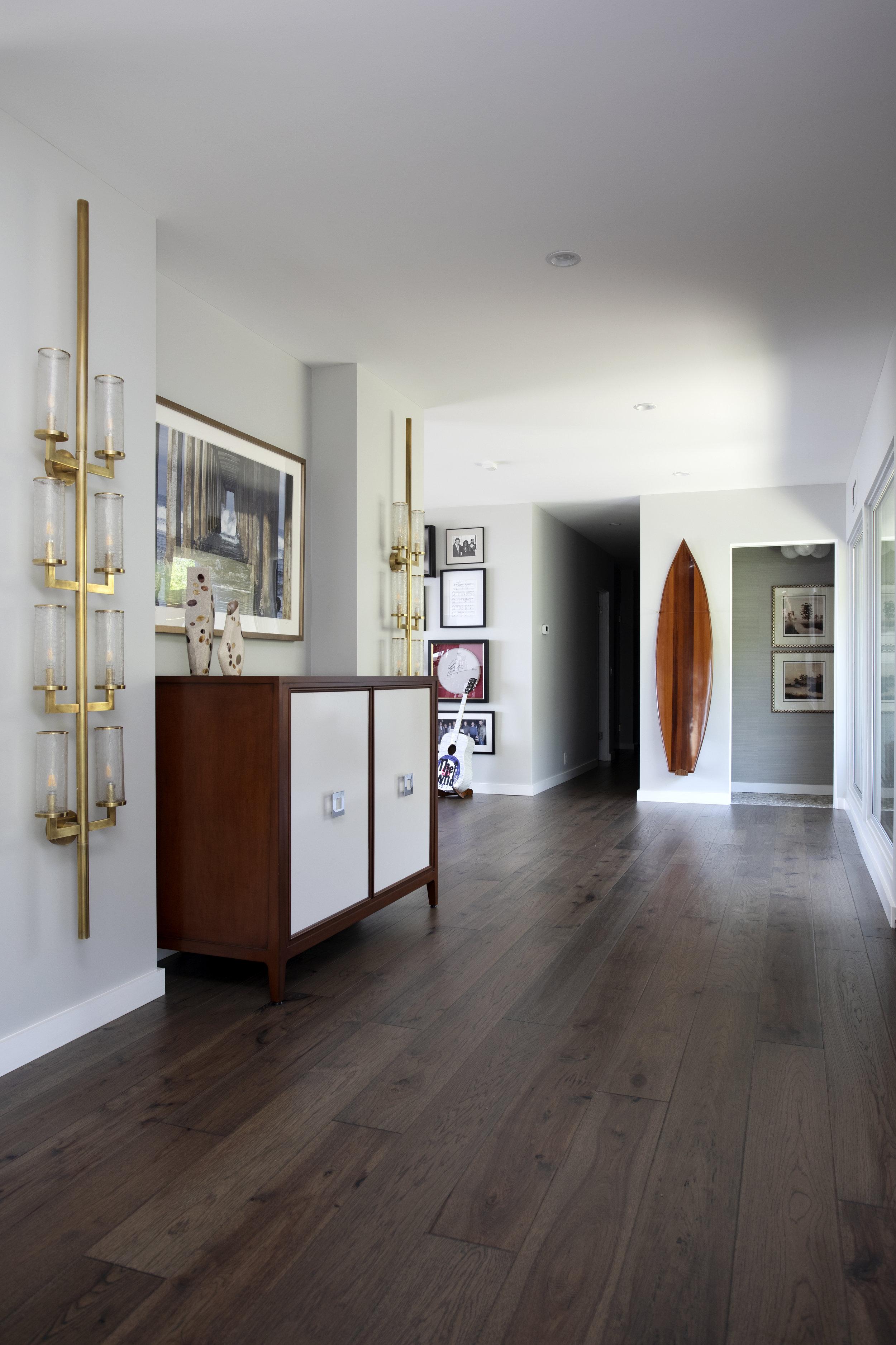 interior entry.jpg