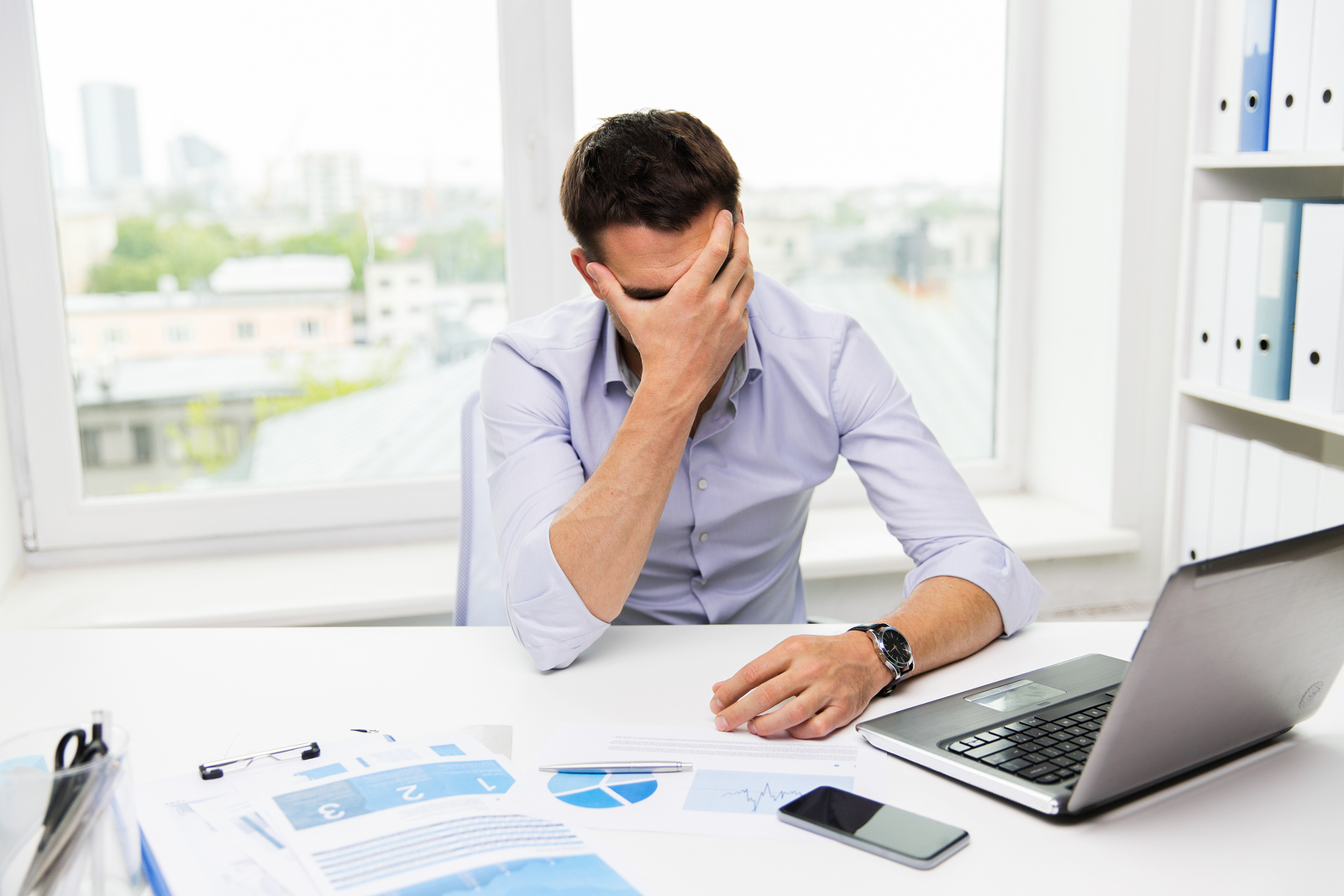bigstock-business-people-fail-paperw-99032333.jpg