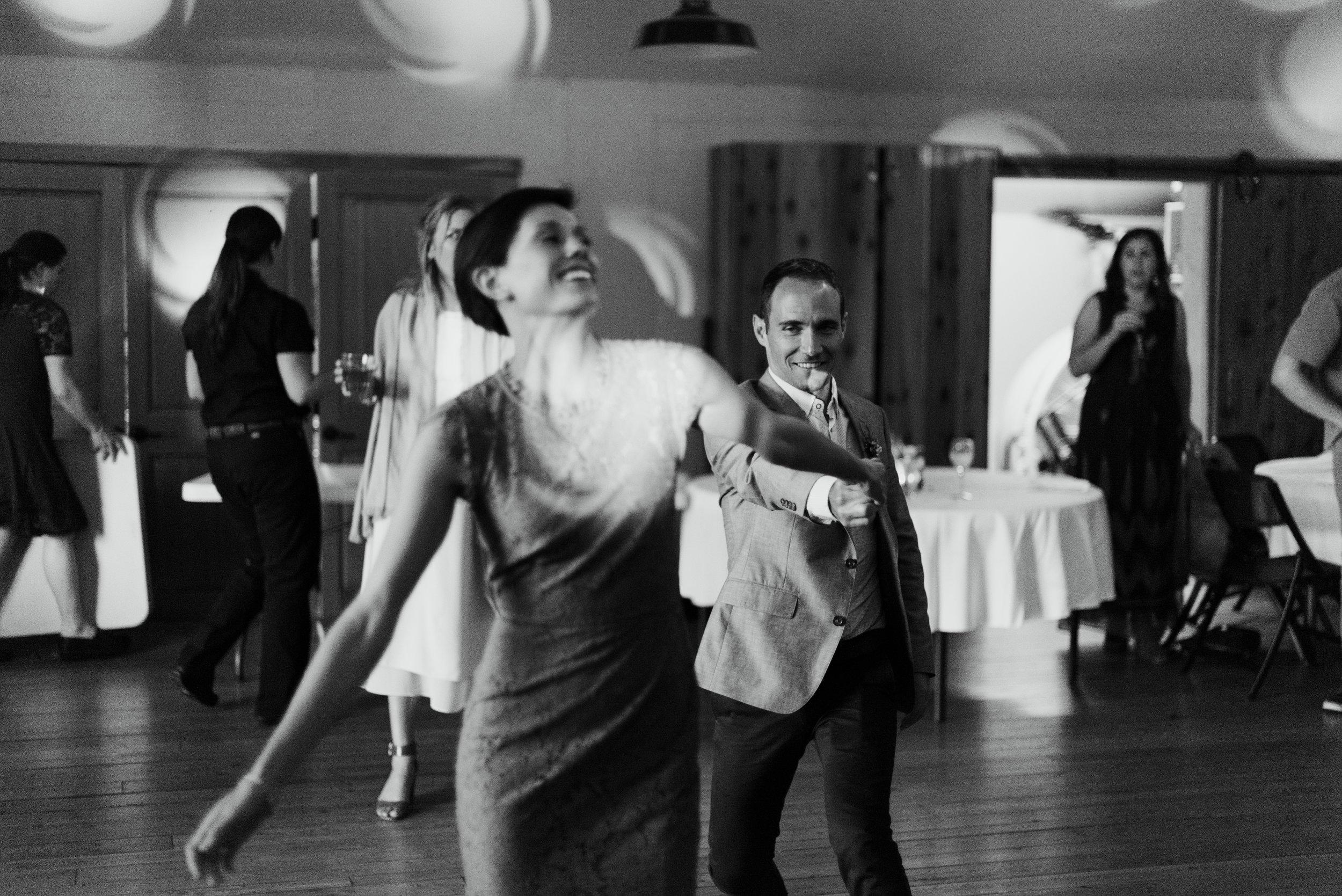 10 Dancing-7083.jpg