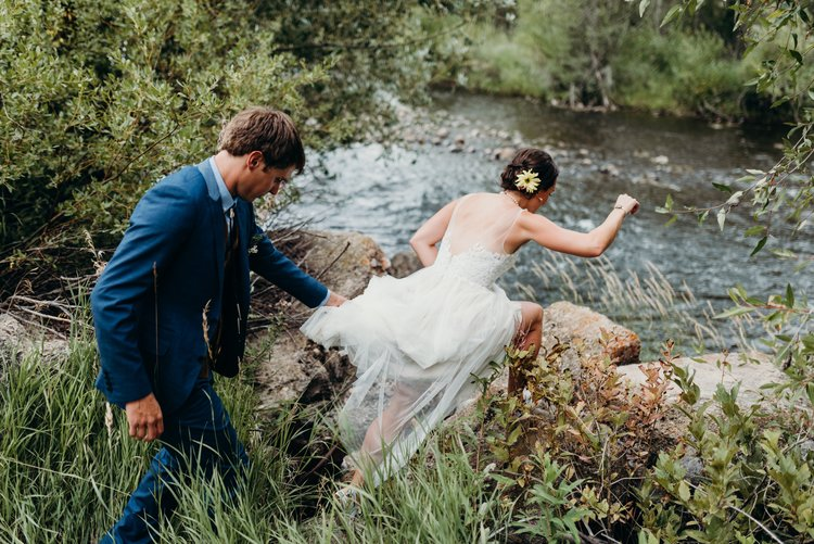 bridal scramble for the first look - Sarah & Ben's Steamboat Springs, Colorado Bicycle Wedding