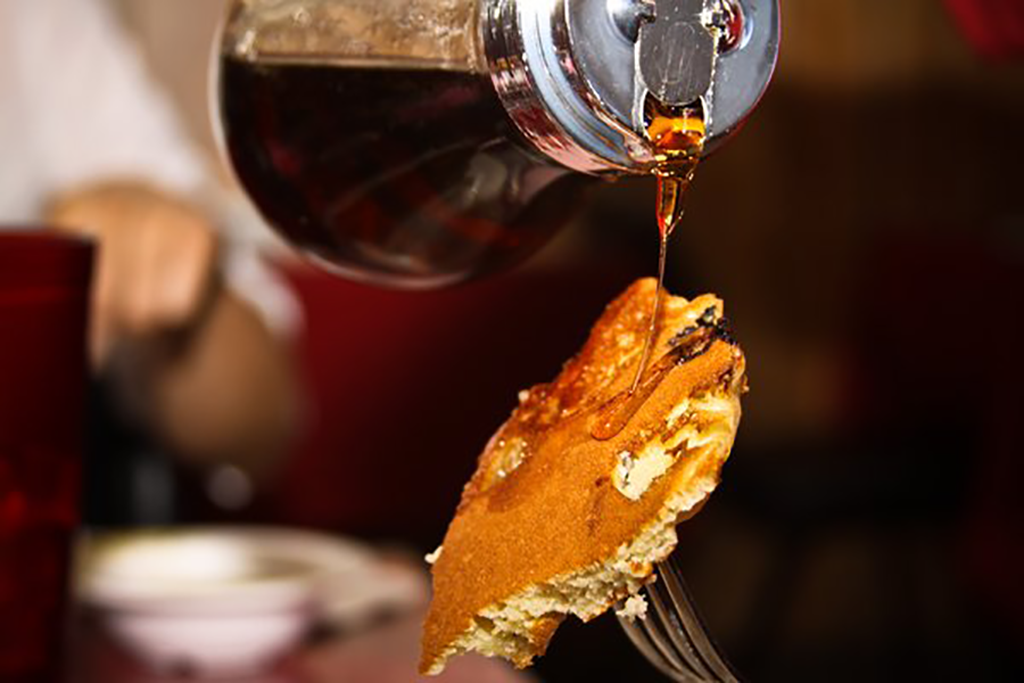 yelp_syrup_pour_lg.png