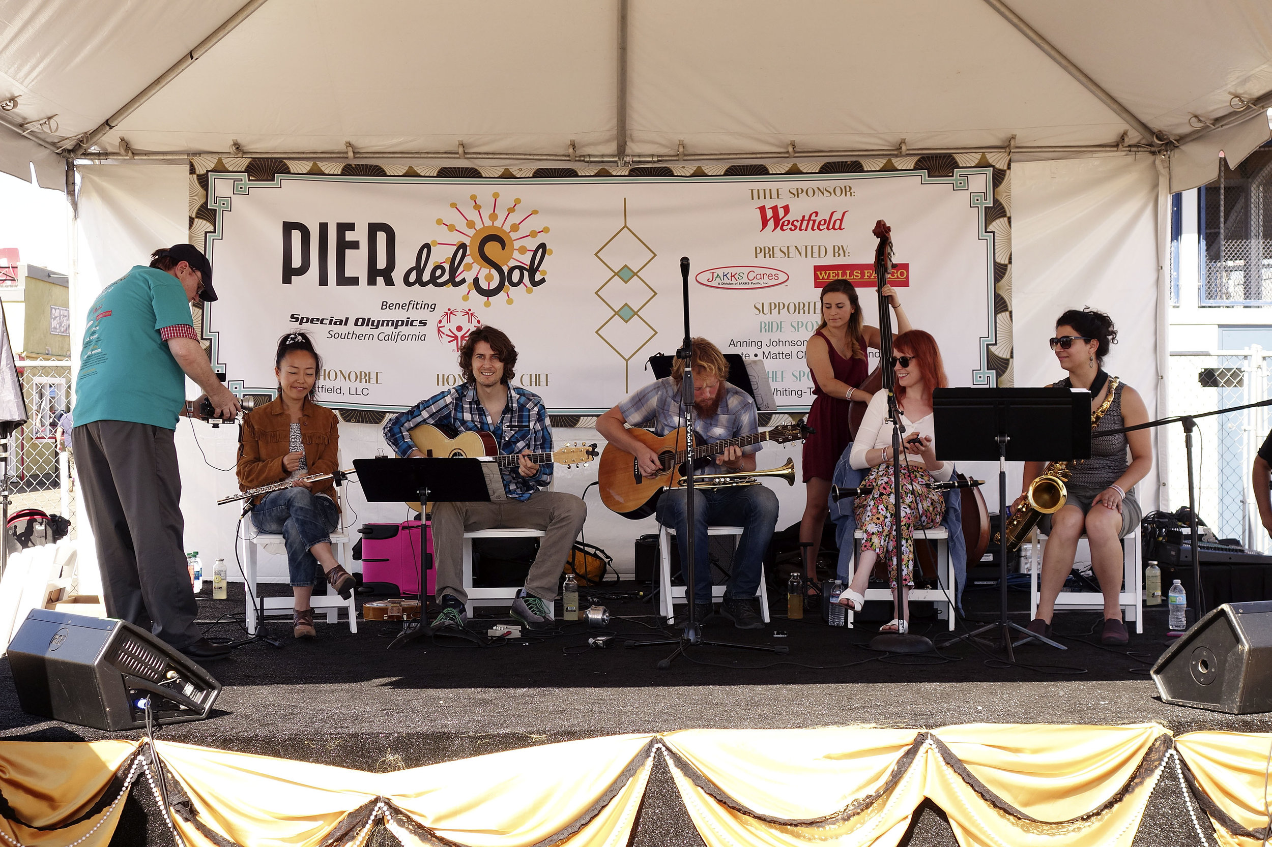 Live music to celebrate the 20th annual Pier Del Sol. 20's themed.