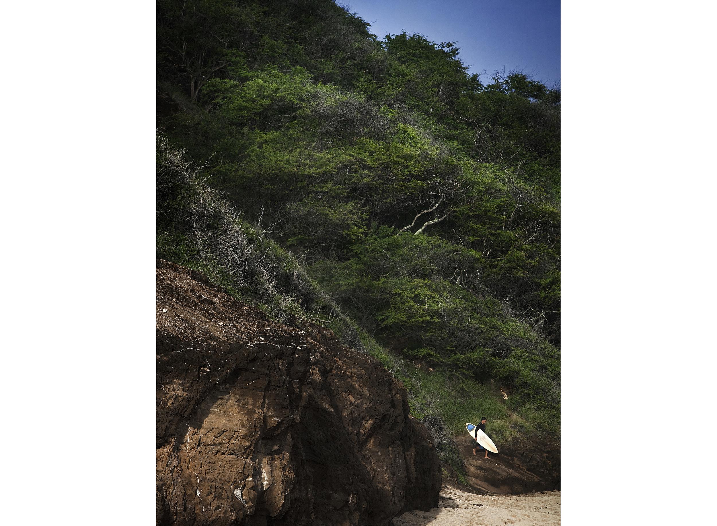 IMG_4914_surfers_cliff_update_web.jpg