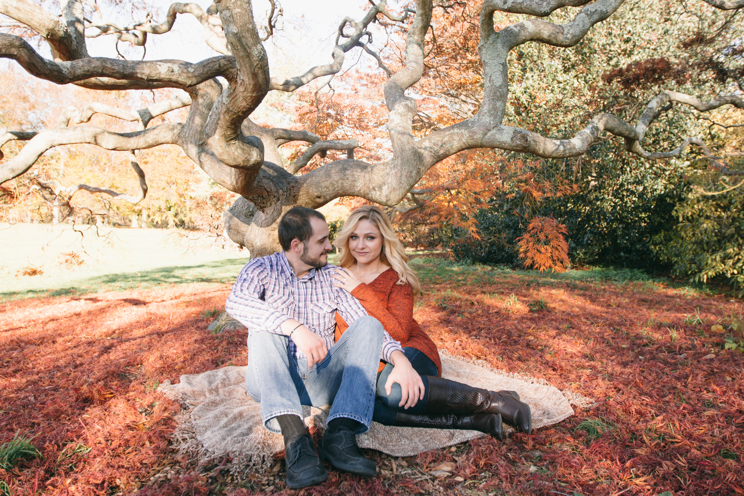 fall autumn engagement photography at oyster bay long island