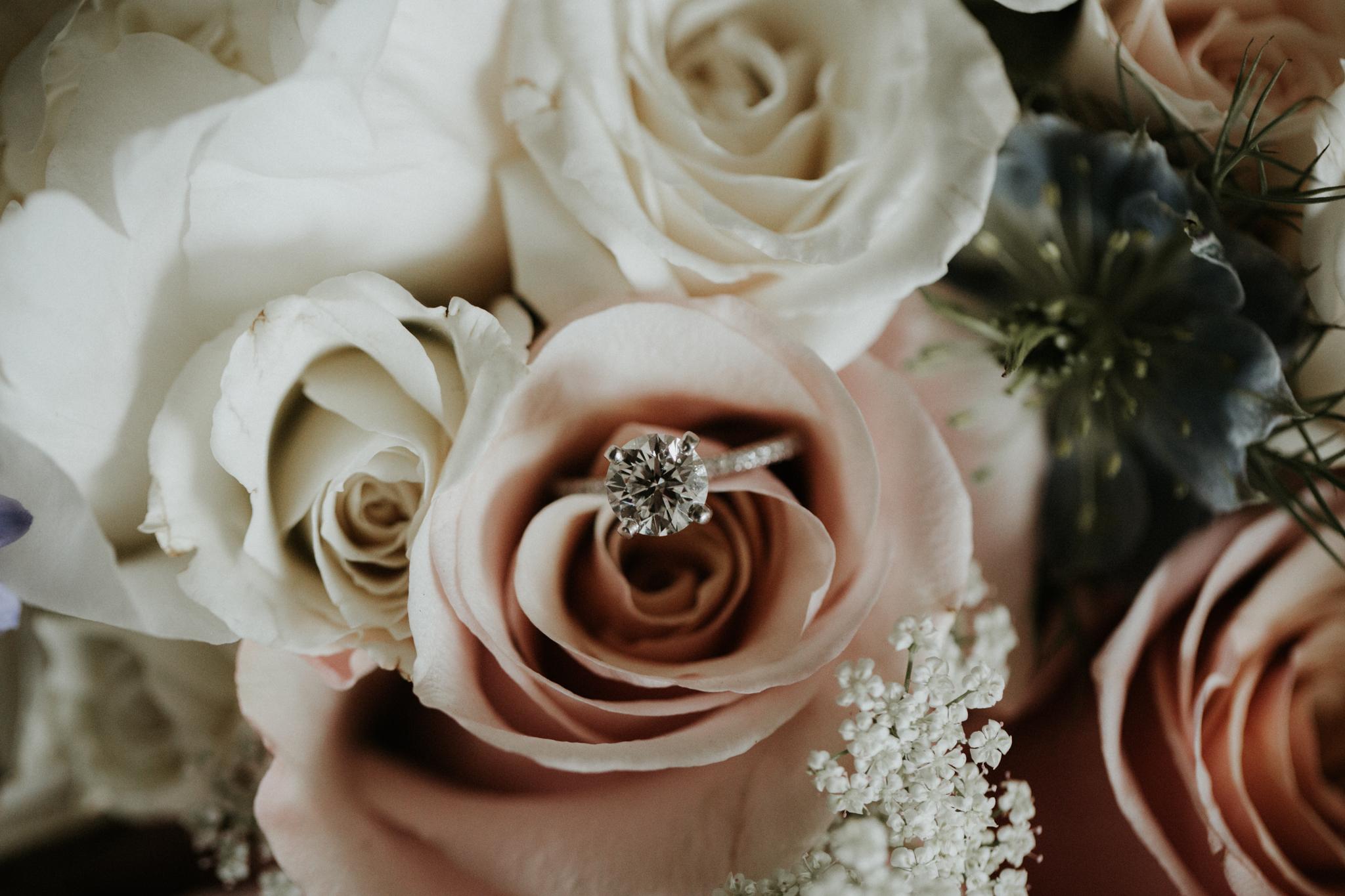 creative wedding ring photography