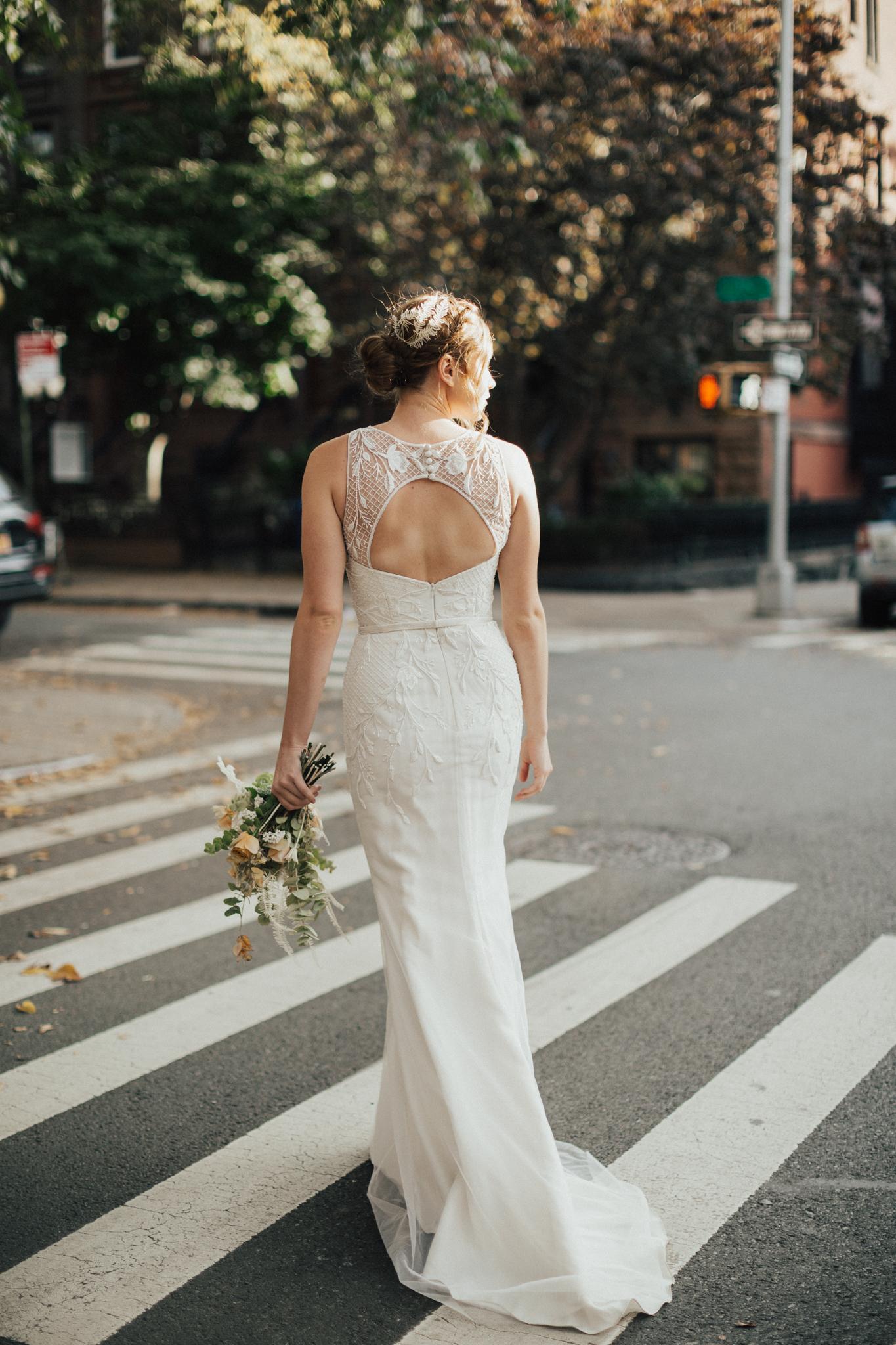modern glamour nyc bride