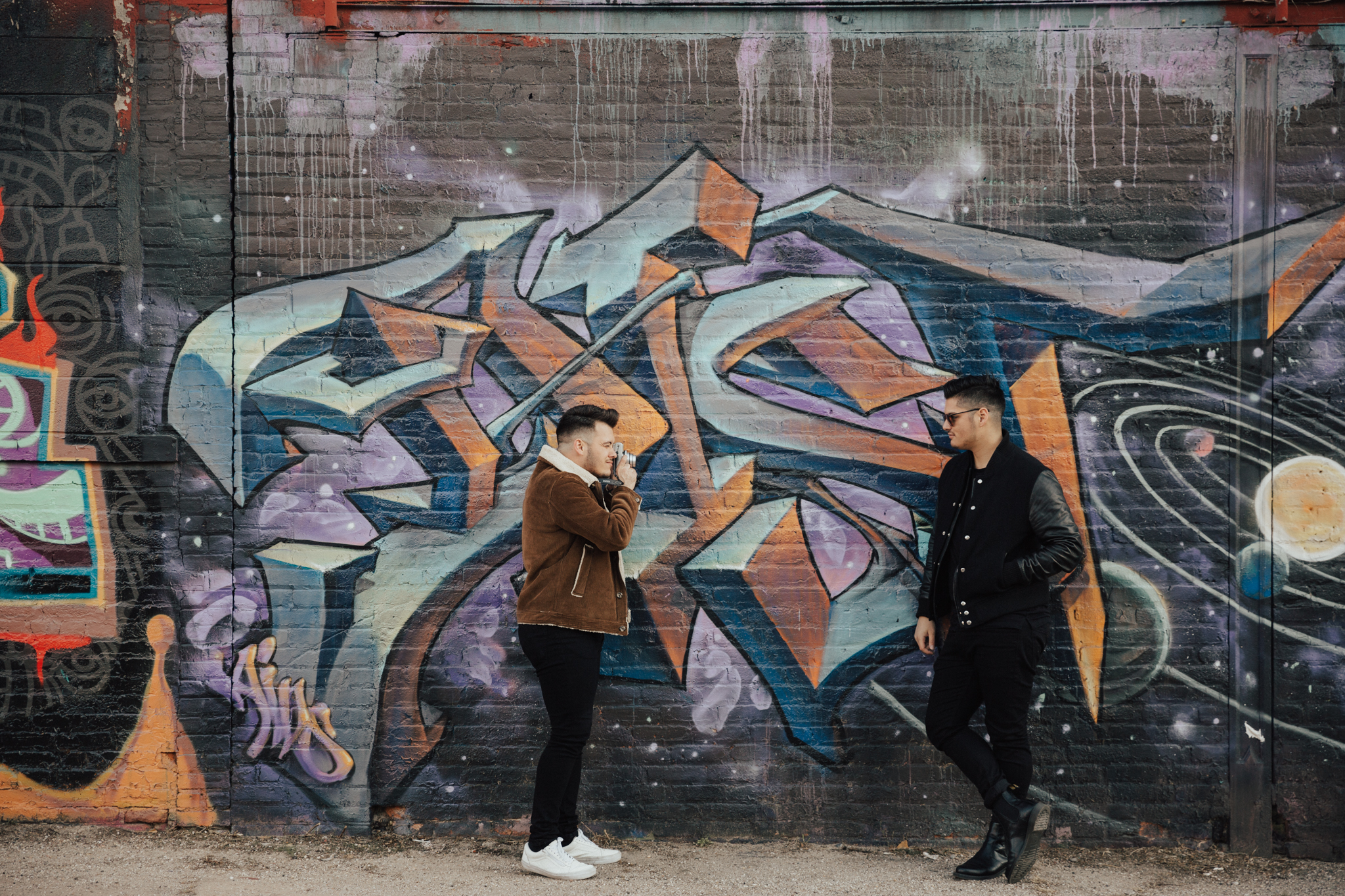 nyc grafitti engagement photos