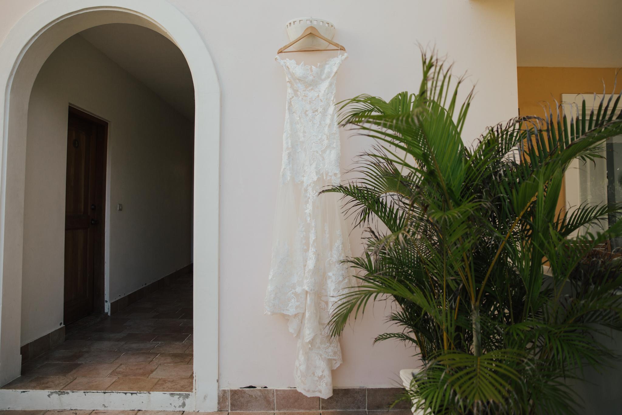 custom made lace wedding dress