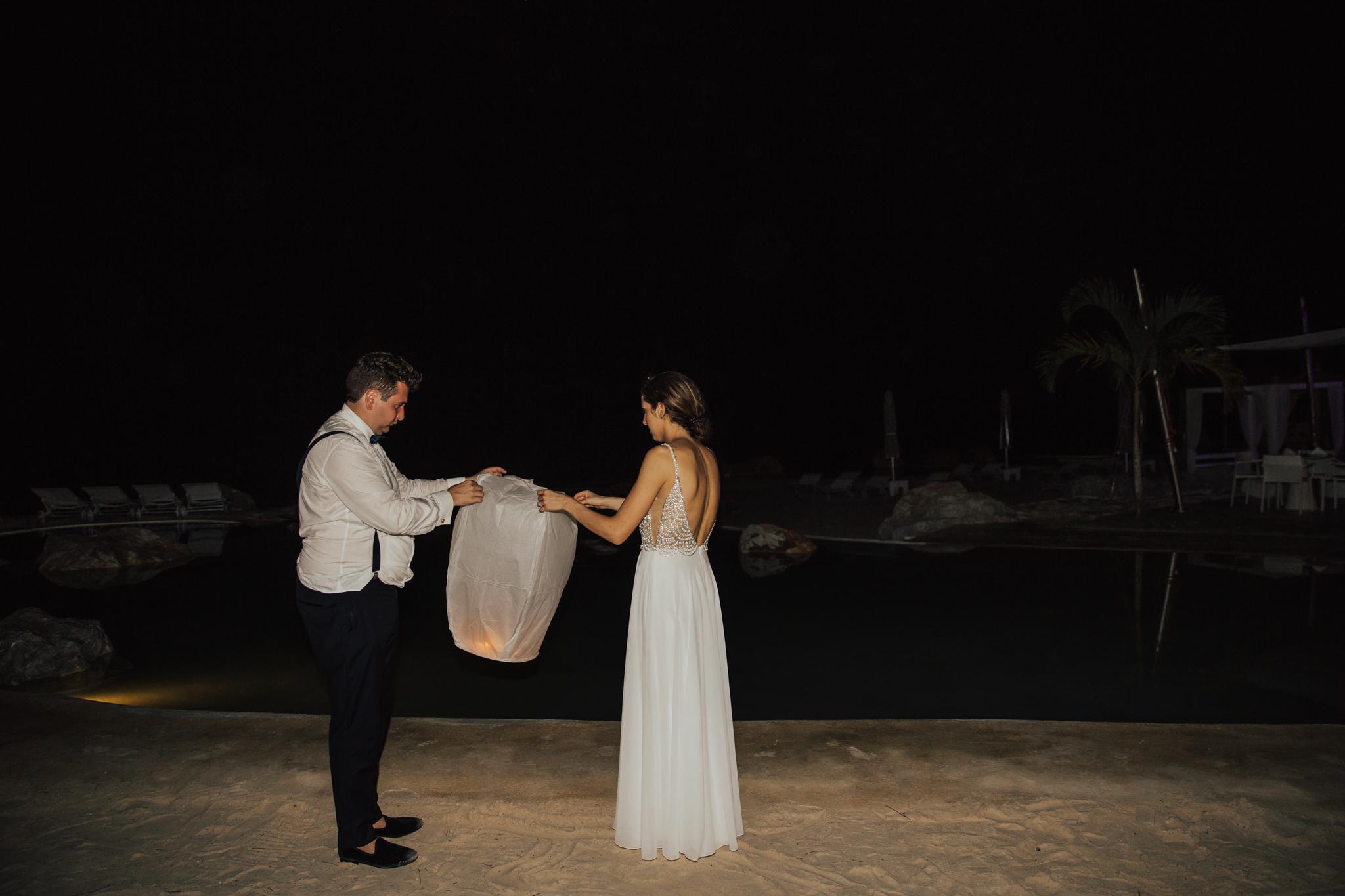 flying lanterns wedding