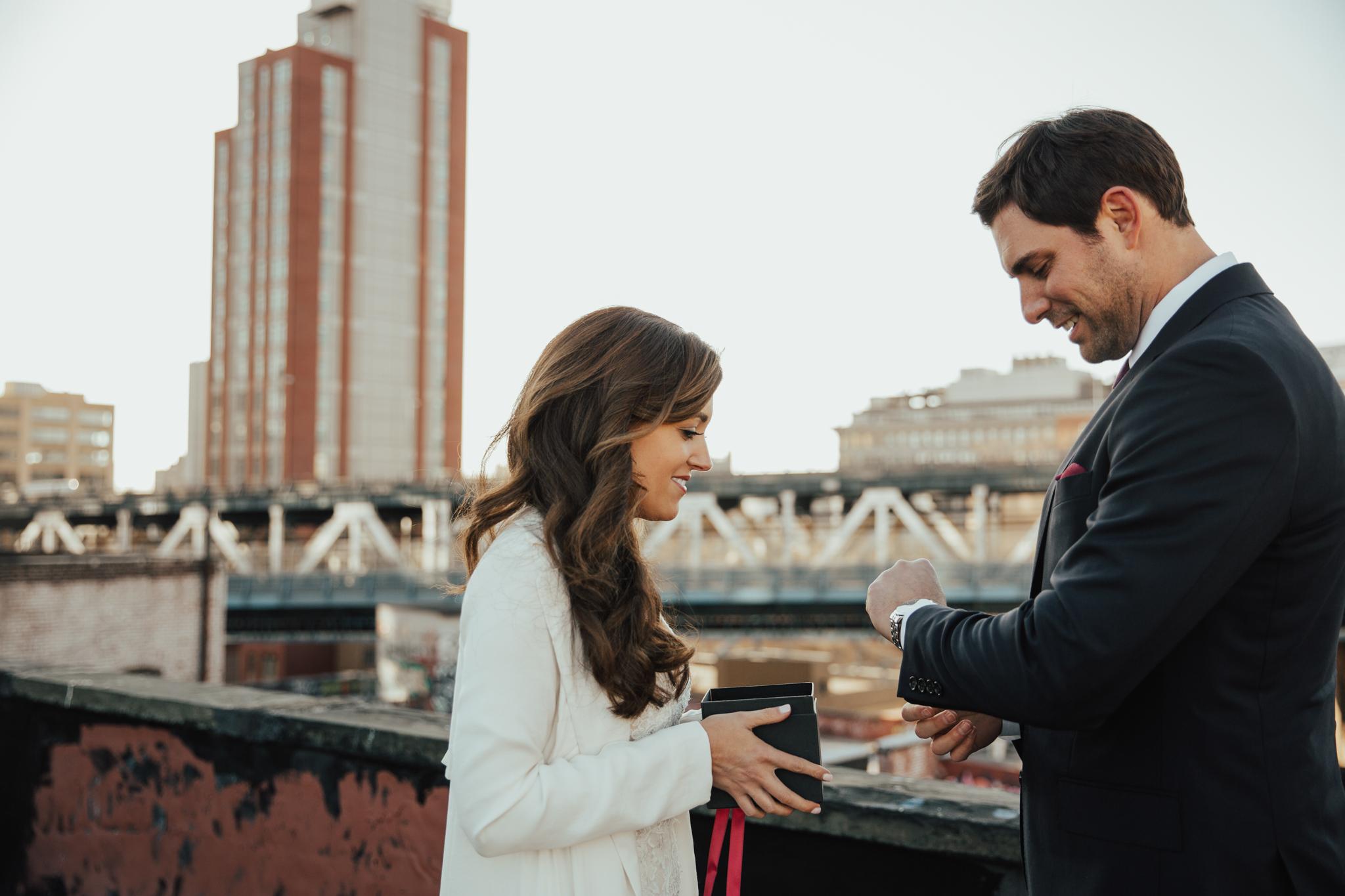 romantic intimate nyc wedding photographer