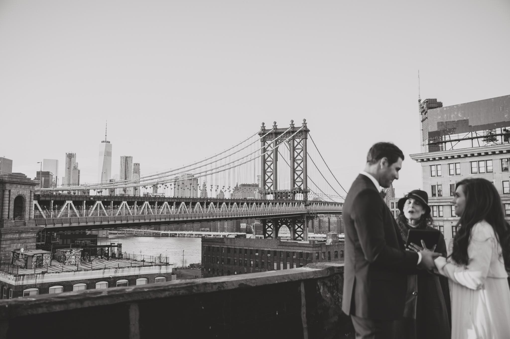 romantic intimate wedding photographer