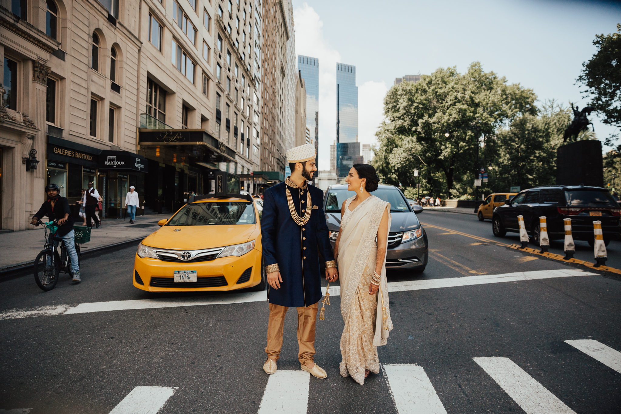 bride and groom nyc adventure photography