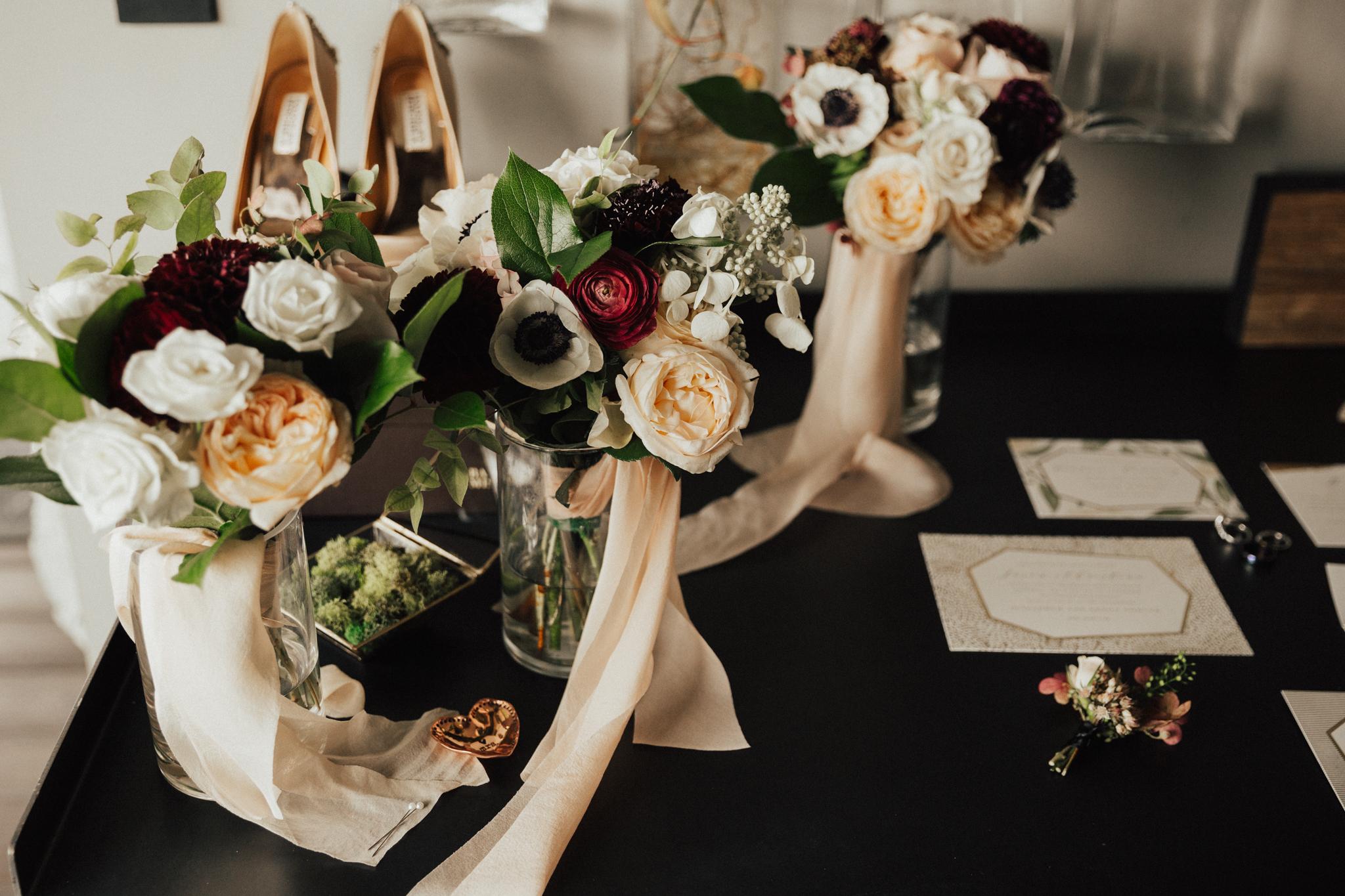 bloom bar wedding flowers