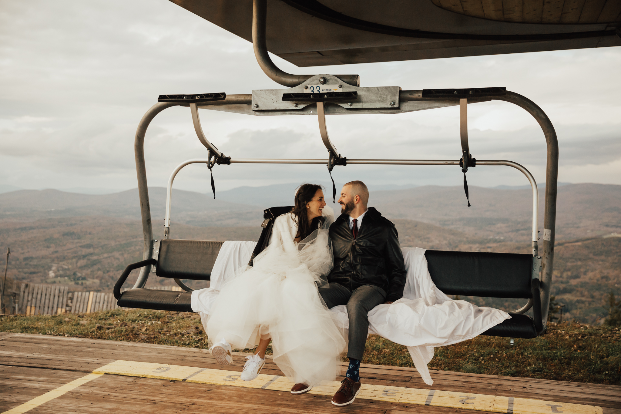 hunter mountain ski lift wedding