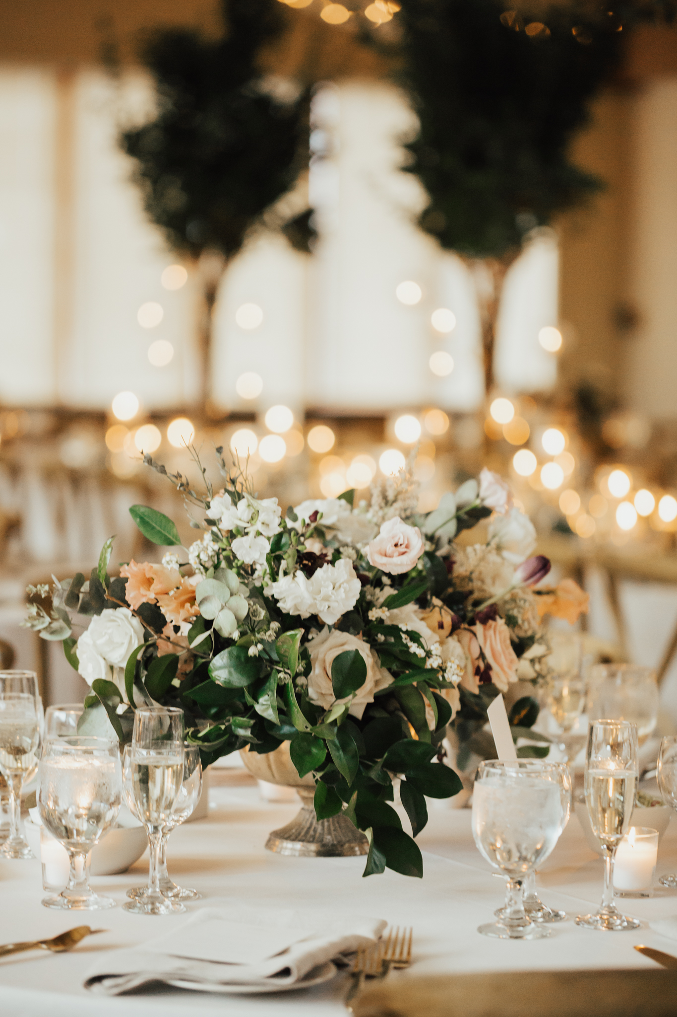 romantic boho wedding decor