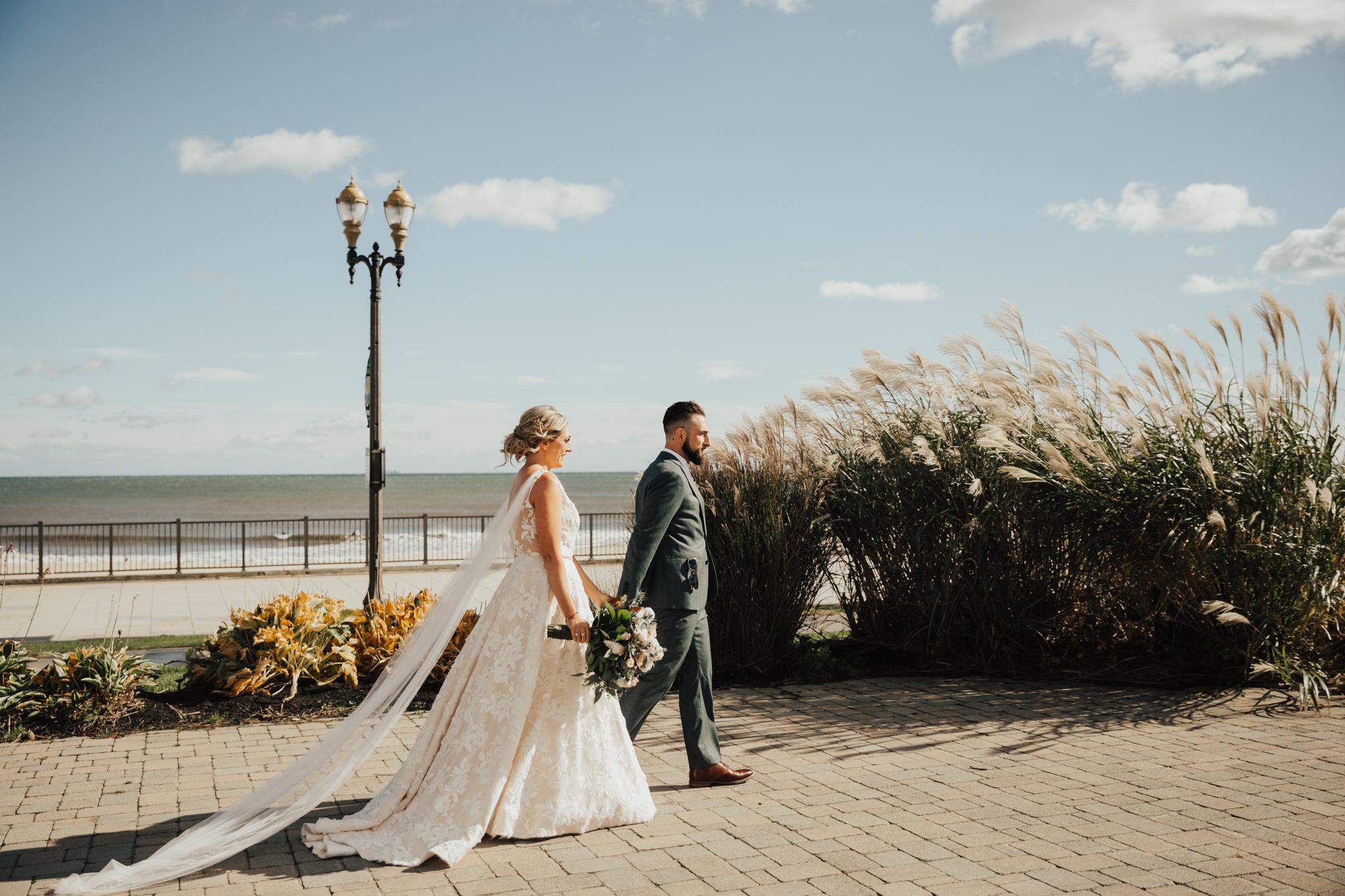 Authentic moments wedding
