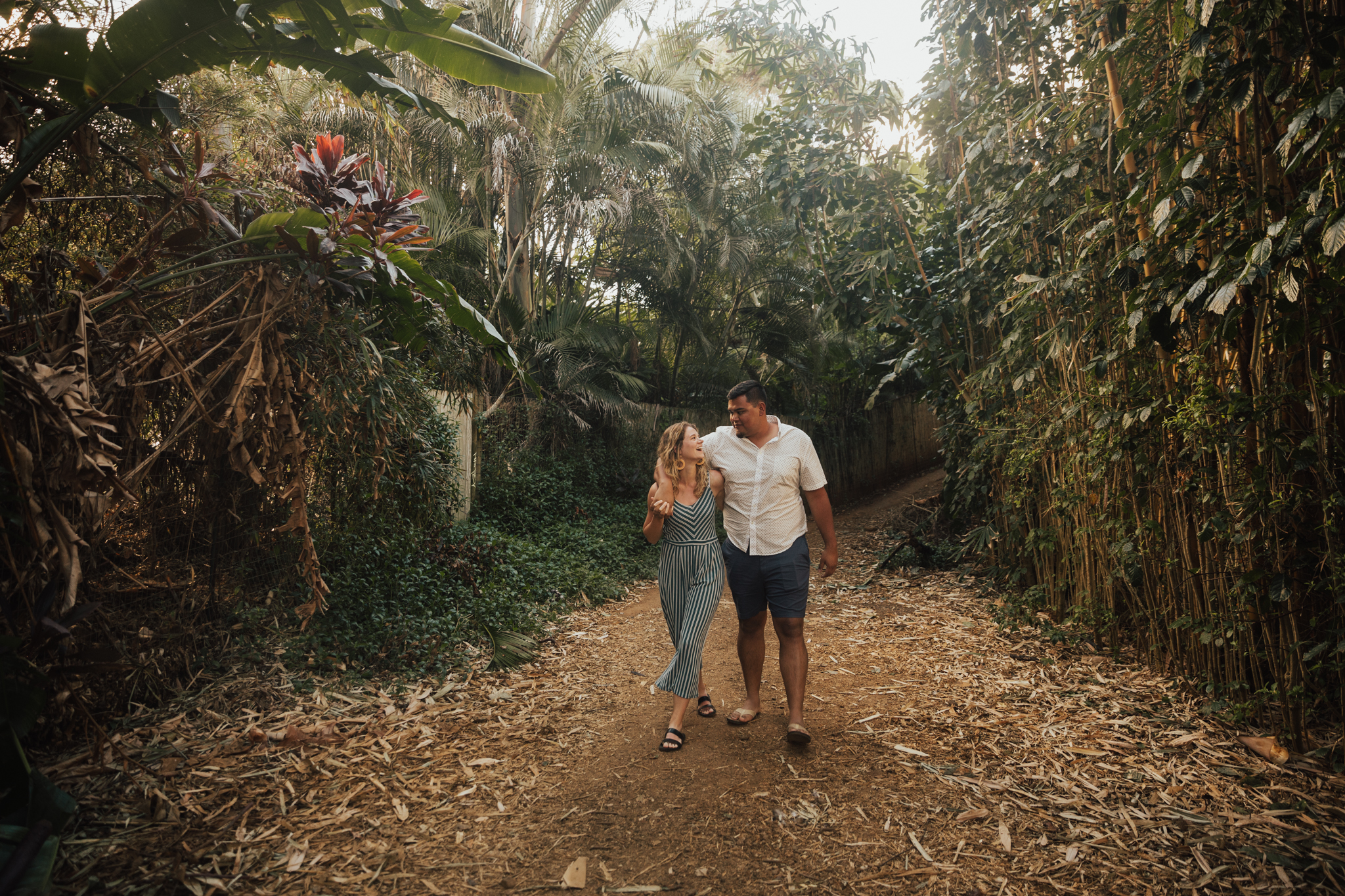 KAUAI ENGAGEMENT PHOTOGRAPHER
