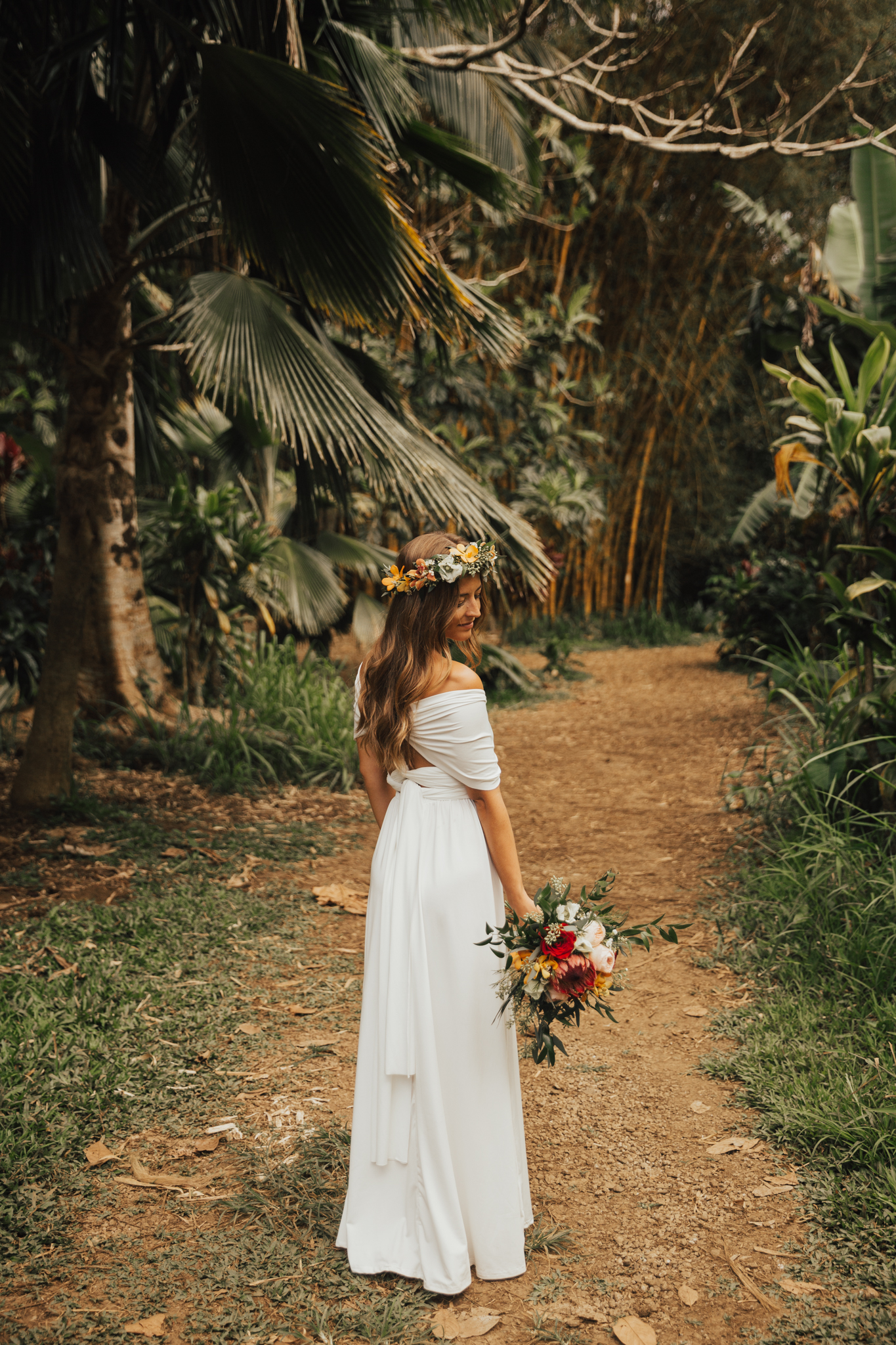 boho hawaii elopement