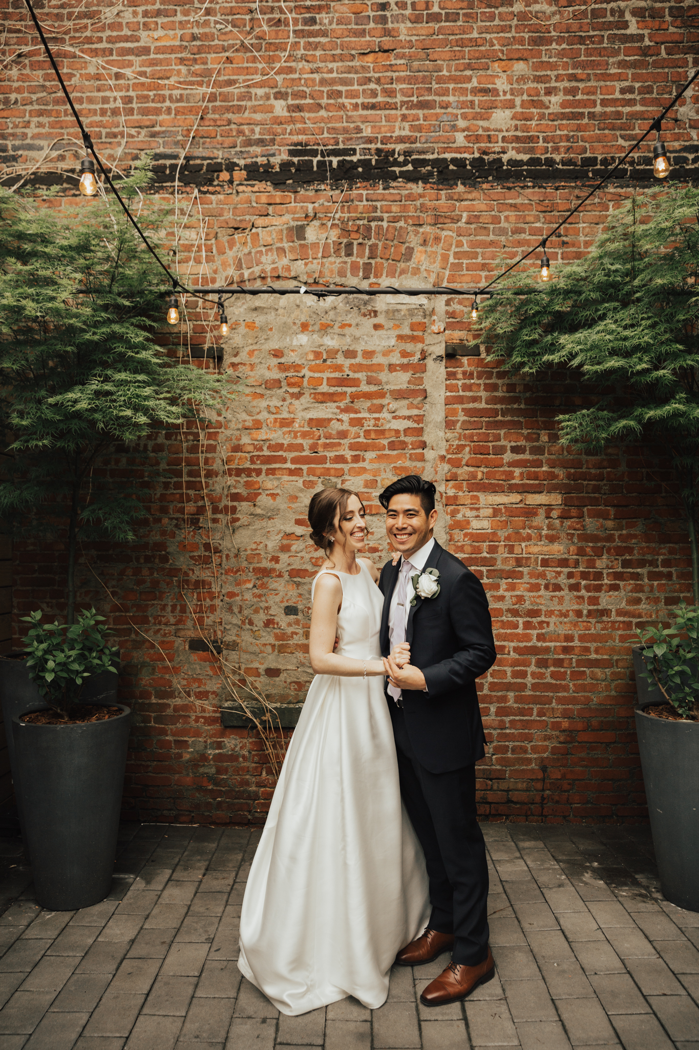 dobbin st summer wedding