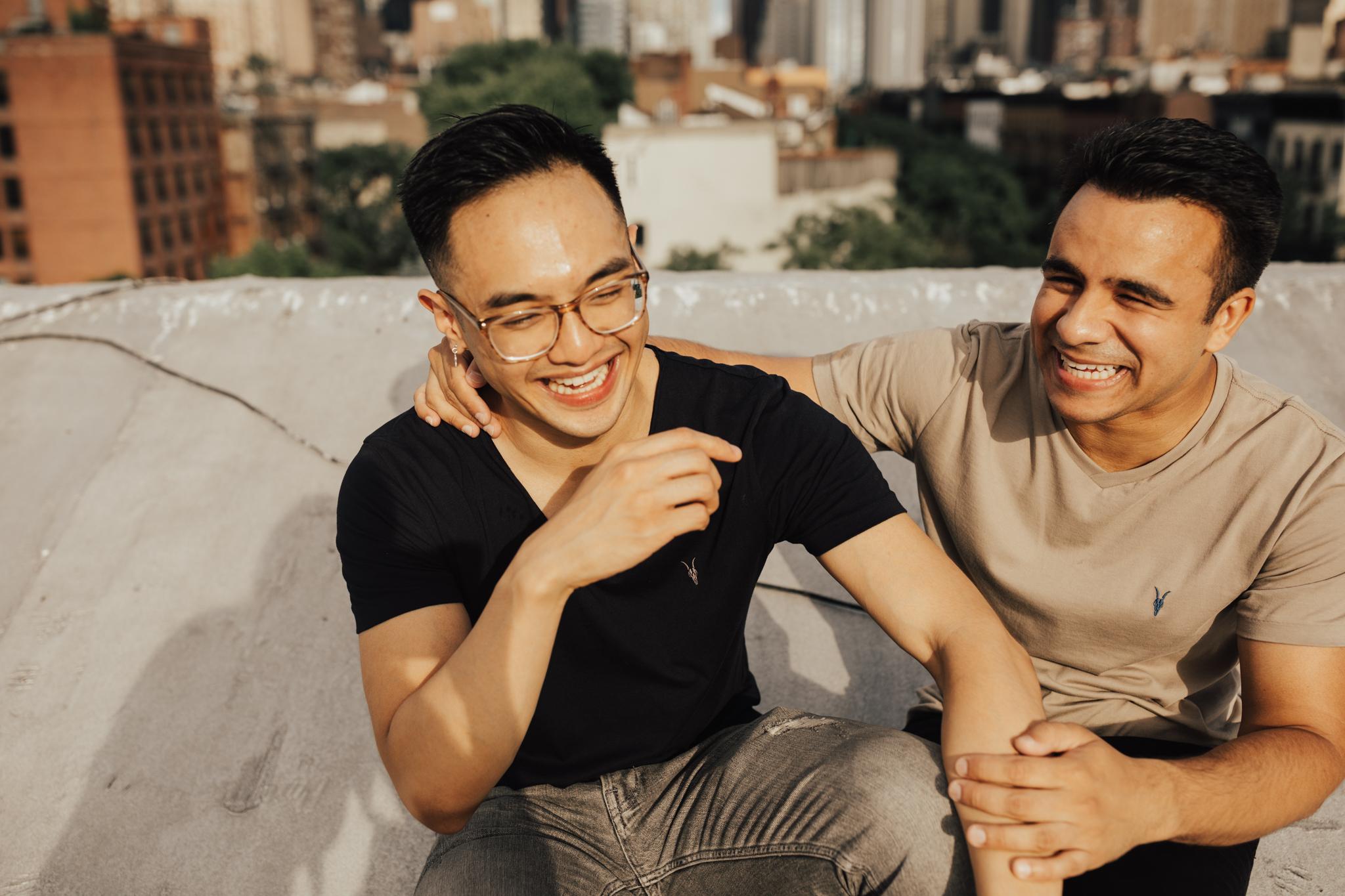 nyc fun engagement photos