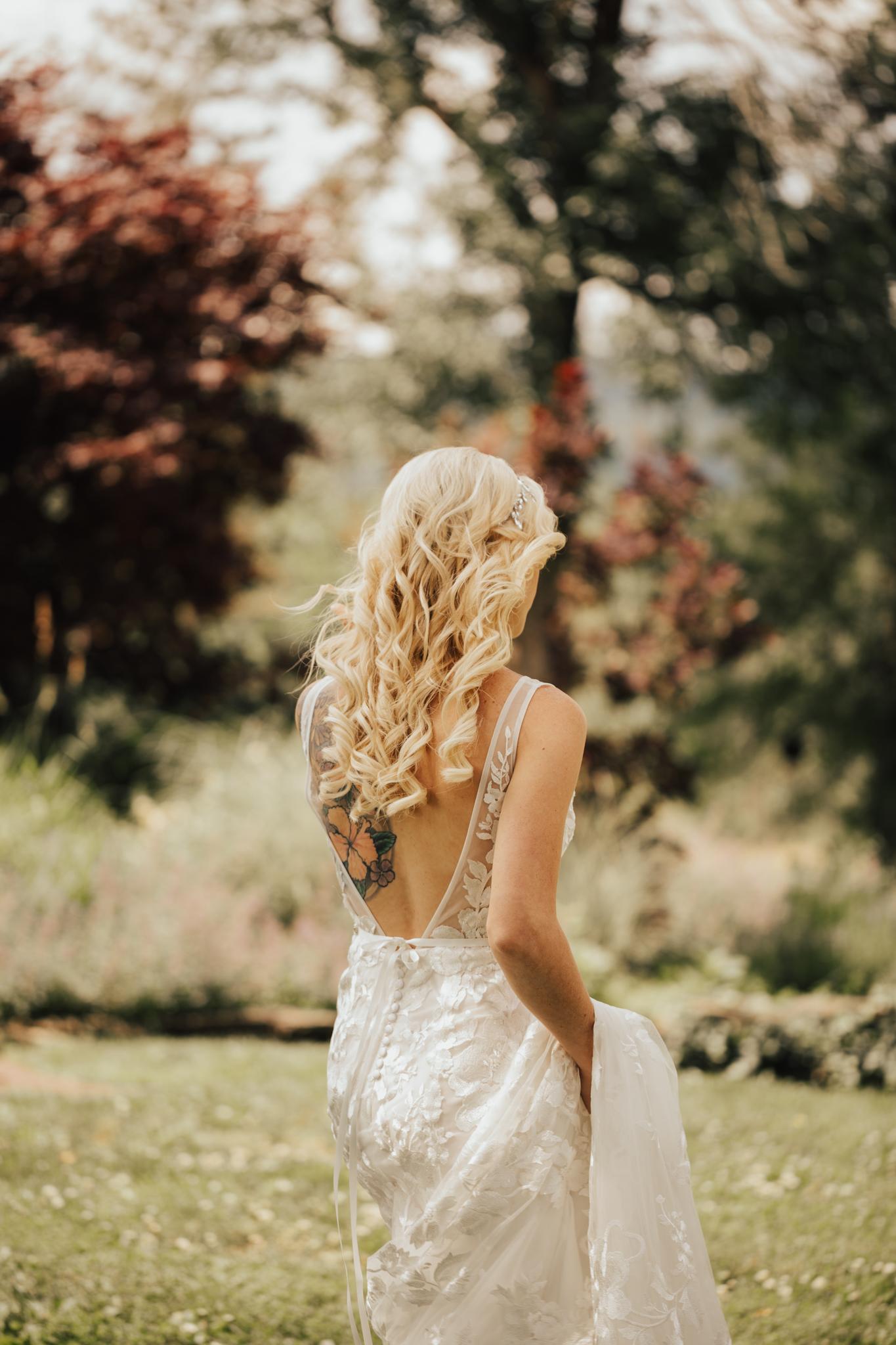 audreys_farmhouse_wedding-63.jpg
