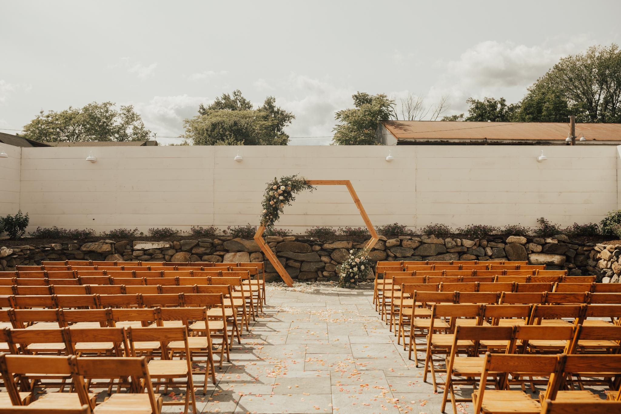 audreys_farmhouse_wedding-93.jpg